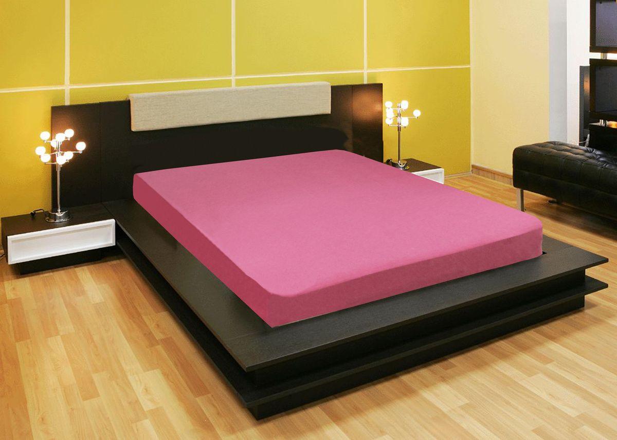 Простыня Amore Mio, цвет: розовый, 160 x 200 см78126Компания Текстиль Репаблик , уже более 20-ти лет успешно работающая на Российском рынке текстильных товаров для дома, предлагает трикотажные простыни на резинке Amore Mio .Продукты торговой марки Amore Mio зарекомендовали себя исключительно с самой лучшей стороны: сочетающие в себе высокое качество, экологичность, отличные потребительские свойства со сдержанным уровнем цен.Трикотажная простыня на резинке - это уникальный товар, великолепная находка для дома, поскольку сочетает в себе универсальность и удобство. Она легко и ровно фиксируется на поверхности спального места, без замятых или скомканных областей и не съезжает во время сна. Помимо классической функции простыни она исполняет роль защитного чехла для вашего матраца . Трикотажные простыни на резинке Amore Mio произведены из качественной 100% хлопковой кулирки.Они обладают высокими тактильными характеристиками, замечательно отводят излишнюю влагу, хорошо пропускают воздух, не нуждаются в глажке, не требовательны в уходе, надолго сохраняют свой презентабельный внешний вид, и конечно, обеспечивают максимально комфортный сон.