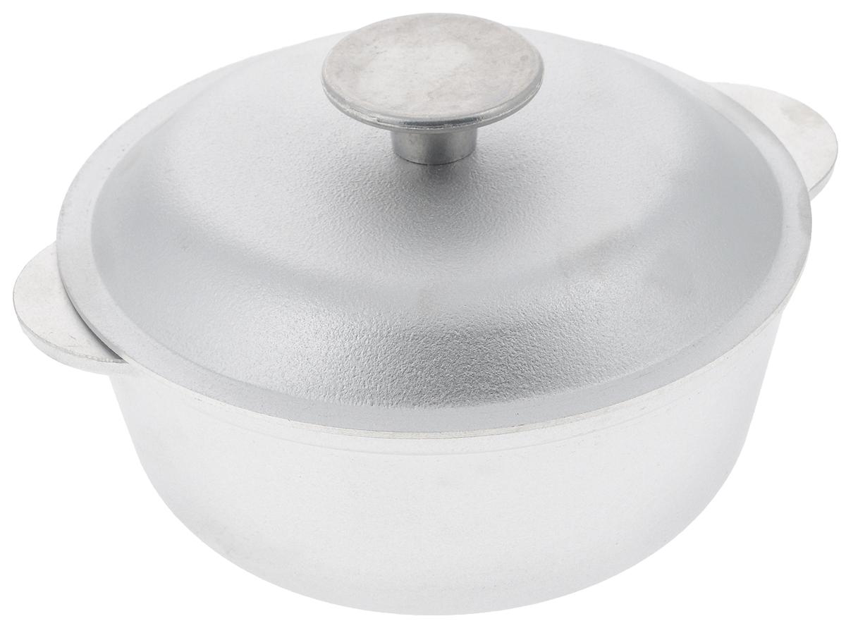 Кастрюля Биол с крышкой, 1 лК0100Кастрюля Биол, выполненная из высококачественного литого алюминия, оснащена крышкой. Изделие имеет утолщенное дно. Посуда равномерно распределяет тепло и обладает высокой устойчивостью к деформации, легкая и практичная в эксплуатации, обладает долгим сроком службы. Подходит для использования на электрических, газовых и стеклокерамических плитах. Не подходит для индукционных плит. Можно мыть в посудомоечной машине.Диаметр кастрюли (по верхнему краю): 18 см. Высота стенки кастрюли: 7,7 см. Ширина кастрюли (с учетом ручек): 20,8 см.