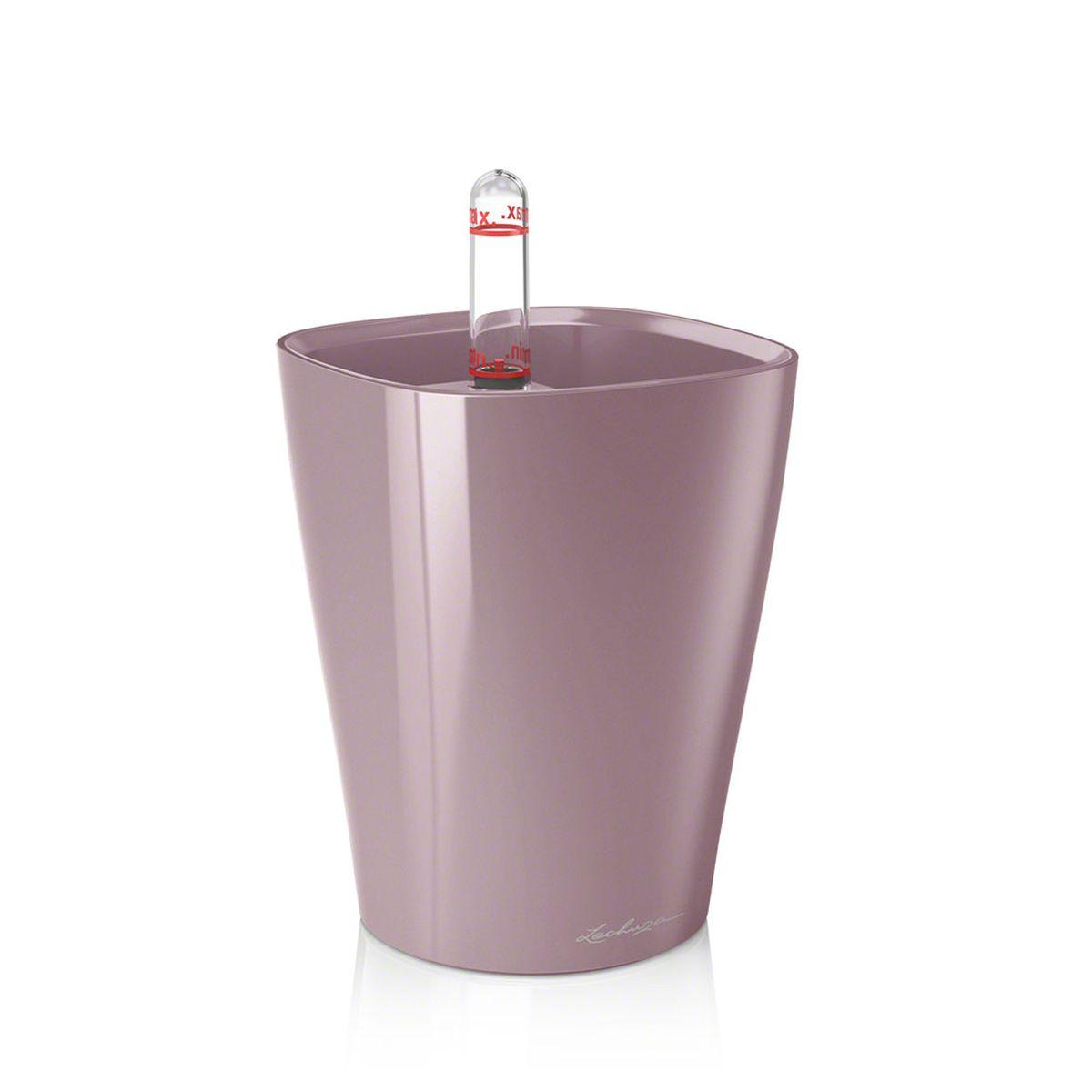 """Кашпо Lechuza """"Mini Deltini"""", изготовленное из  высококачественного пластика, идеальное решение для тех,  кто регулярно забывает поливать комнатные растения.  Стильный дизайн позволит украсить растениями дом, офис,  кафе или любое другое помещение.  Кашпо Lechuza """"Mini Deltini"""" с системой автополива  упростит уход за вашими цветами и поможет растениям  получать то количество влаги, которое им необходимо в  данный момент времени.   В набор входит: кашпо, индикатор уровня воды, субстрат  растений в качестве дренажного слоя.   Кашпо Lechuza """"Mini Deltini"""" прекрасно впишется в любой  интерьер. Изделие поможет расставить нужные акценты, а  также придаст помещению вид, соответствующий вашим  представлениям."""
