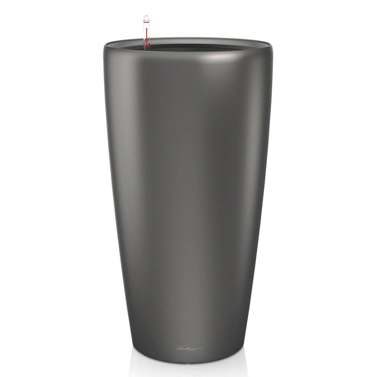 Кашпо Lechuza Rondo, с системой автополива, цвет: антрацит, диаметр 40 см15743Кашпо Lechuza Rondo, изготовленное из высококачественного пластика, идеальное решение для тех, кто регулярно забывает поливать комнатные растения. Стильный дизайн позволит украсить растениями офис, кафе или любое другое помещение. Кашпо Lechuza Rondo с системой автополива упростит уход за вашими цветами и поможет растениям получать то количество влаги, которое им необходимо в данный момент времени.В набор входит: кашпо, внутренний горшок, индикатор уровня воды, вал подачи воды, субстрат растений в качестве дренажного слоя, резервуар для воды.Внутренний горшок, оснащенный выдвижными ручками, обеспечивает:- легкую переноску даже высоких растений;- легкую смену растений;- можно также просто убрать растения на зиму;- винт в днище позволяет стечь излишней дождевой воде наружу.Кашпо Lechuza Rondo украсит любой интерьер и станет замечательным подарком для ваших родных и близких.