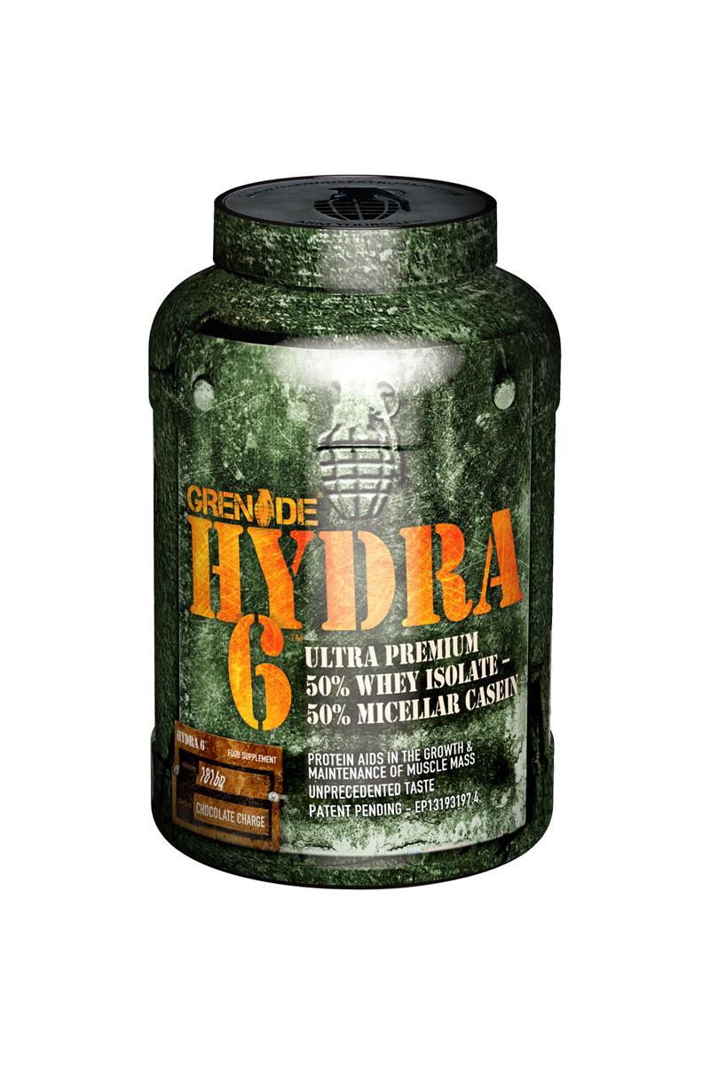 Протеин Grenade HYDRA 6 / 1816г / шоколадG00950Hydra 6™ создан из сывороточного протеина - изолят сывороточного белка, и очищенной формы казеина - ультрафильтрованный мицеллярный казеин, в идеальном соотношении 50/50. Это сочетание двух самых чистых протеинов, насыщает организм лучшими аминокислотами. Hydra 6 предлагает универсальность и удобство, нет необходимости покупать два отдельных протеина и принимать их в разное время дня. Исследования показывают, что сывороточный изолят наилучшим образом влияет на уровень аминокислот в крови, а чем больше аминокислот поступает в мышцы, тем быстрее начинается процесс синтеза белка для строительства мышц. Но самого по себе сывороточного белка не достаточно, так как уровень аминокислот в организме начинает снижаться уже через 3 часа после приема протеина. Тогда на помощь приходит ультрафильтрованный мицеллярный казеин, который поддерживает высокий уровень аминокислот до 6 часов. Исследовательская группа Grenade задалась идеей создать идеальный продукт для роста мышц, результатом стал Hydra 6, одна из наиболее качественных комбинаций в мире спортивных добавок. Рекомендации по применению:Принимайте по 1-2 порции в день. Рекомендации по приготовлению:1 порцию (35 г) растворите в 150-200 мл воды или молока.Товар не является лекарственным средством.Товар не рекомендован для лиц младше 18 лет.Могут быть противопоказания и следует предварительно проконсультироваться со специалистом.Как повысить эффективность тренировок с помощью спортивного питания? Статья OZON Гид