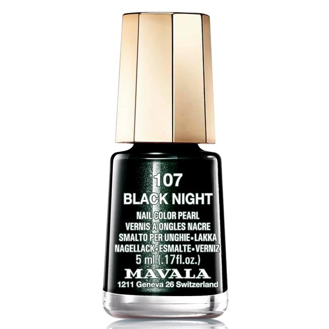 Mavala Лак для ногтей Черная ночь/Black Night , Тон 107, 5 мл08-1450Лаки для ногтей Mavala представлены классическими и ультрамодными оттенками. Они пропускают воздух даже через 3-4 слоя, давая возможность ногтям дышать. Специально разработанный состав лаков позволяет им оставаться свежими и насыщенными долгое время.Лаки не содержат толуол, формальдегид, камфору, дибутил фталат, канифоль и добавленный никель.Как ухаживать за ногтями: советы эксперта. Статья OZON Гид