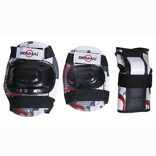 """Комплект защиты """"Action"""", для катания на роликах, цвет: черный, белый, красный. Размер S. PWM-303"""