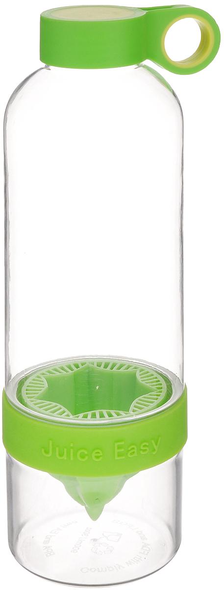 Соковыжималка для лимона Mayer & Boch, с бутылкой, 900 мл24878Соковыжималка Mayer & Boch, выполненная из высококачественного пищевого пластика и силикона,позволит вам быстро и просто приготовить вкусный прохладительный напиток, используя всего лишь цитрусовый фрукт и вашу фантазию! Изделие одновременно совмещает в себе возможности соковыжималки и шейкера. Оно представляет собой прозрачную бутылочку с цветной съемной насадкой для отжима. Специальное отверстие на крышке предназначено для удобной переноски. Нижняя часть бутылки съемная, благодаря чему вы всегда сможете быстро и легко добавлять в напиток лёд. Соковыжималка позволяет в любой момент, когда возникнет желание, витаминизировать воду. Подходит для отжима лимонов, апельсинов и других цитрусовых. Объем: 900 мл.Диаметр горлышка бутылки: 3,5 см.Высота соковыжималки: 25 см.