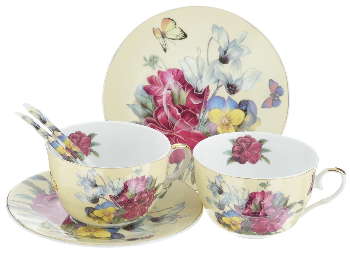 Набор чайных пар Elan Gallery Анютины глазки, с ложками, 6 предметов180790Набор чайных пар Elan Gallery Анютины глазки состоит из 2 чашек, 2 блюдец и 2 ложек. Предметы набора выполнены из высококачественной керамики и оформлены изящным изображением цветов. Яркий дизайн, несомненно, придется вам по вкусу.Набор чайных пар Elan Gallery Анютины глазки украсит ваш кухонный стол, а также станет замечательным подарком к любому празднику. Не рекомендуется применять абразивные моющие средства. Не использовать в микроволновой печи.Объем чашки: 250 мл.Диаметр чашки (по верхнему краю): 9,5 см.Диаметр основания чашки: 4 см.Высота чашки: 6,5 см.Диаметр блюдца: 15,5 см.Высота блюдца: 1,5 см.Длина ложки: 12,5 см.Размер рабочей поверхности ложки: 4 х 2,5 см.
