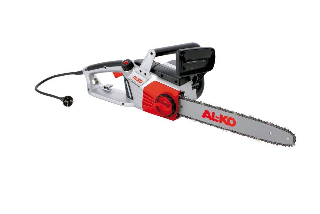 Электропила AL-KO EKS 2400/40 Plus113123Электропила AL-KO  EKS 2400/40 Plus обладает мощным двигателем классического поперечного расположения. Благодаря устройству для быстрого натяжения можно не только установить и натянуть пильную цепь, но и быстро заменить как саму цепь, так и шину. Современный дизайн, привлекательный внешний вид, высокая производительность, долговечность, мощный двигатель, оригинальные шины и цепи Oregon - вот отличительные черты электрической цепной пилы AL-KO  EKS 2400/40 Plus. А автоматическая смазка цепи и глазок маслоуказателя на масляном баке значительно облегчают техобслуживание. Системный тормоз и щиток для предотвращения повреждения рук с системой моментальной остановки цепи - это надежная защита в любой ситуации - для приятной и безопасной работы.Скорость вращения цепи: 13,5 м/сек.Мощность: 2400 Вт.Длина направляющей: 40 см.