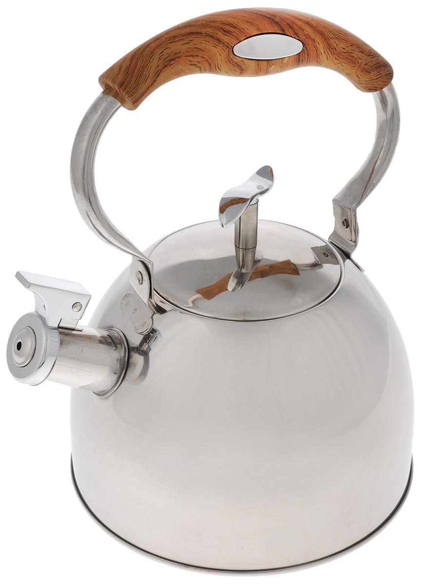 Чайник Mayer & Boch, со свистком, цвет: серебристый, коричневый, 3 л. 41274127_деревянная ручкаЧайник Mayer & Boch выполнен из высококачественной нержавеющей стали с зеркальной полировкой, что делает его гигиеничным и устойчивым к износу при длительном использовании. Нержавеющая сталь не окисляется и не впитывает запахи, напитки всегда ароматные и имеют настоящий вкус. Капсулированное дно с прослойкой из алюминия обеспечивает наилучшее распределение тепла. Носик чайника оснащен насадкой-свистком, что позволит вам контролировать процесс подогрева или кипячения воды. Подвижная ручка изготовлена из нейлона с силиконовым покрытием и декорирована под дерево. Поверхность чайника гладкая, что облегчает уход. Эстетичный и функциональный, с эксклюзивным дизайном, такой чайник будет оригинально смотреться в любом интерьере.Подходит для электрических, газовых, стеклокерамических и галогеновых плит. Не подходит для индукционных плит. Можно мыть в посудомоечной машине.Высота чайника (без учета ручки и крышки): 13 см.Высота чайника (с учетом ручки и крышки): 26 см.Диаметр чайника (по верхнему краю): 10 см.