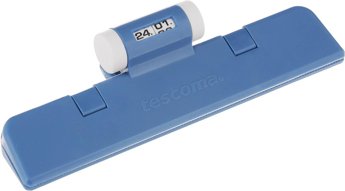 Клипса для пакетов Tescoma 4Food, с механическим индикатором, цвет: синий, длина 15 см897422_синийКлипса Tescoma 4Food, выполненная из пластика, отлично подходит для закрывания пакетов. Изделие оснащено механическим индикатором, благодаря которому вы можете установить дату (день и месяц) и всегда быть уверенным в сроке годности продуктов. Клипса Tescoma 4Food надолго сохранит вкус и свежесть продуктов. Можно использовать вхолодильнике. Нельзя мыть в посудомоечной машине. Длина рабочей поверхности: 15 см.