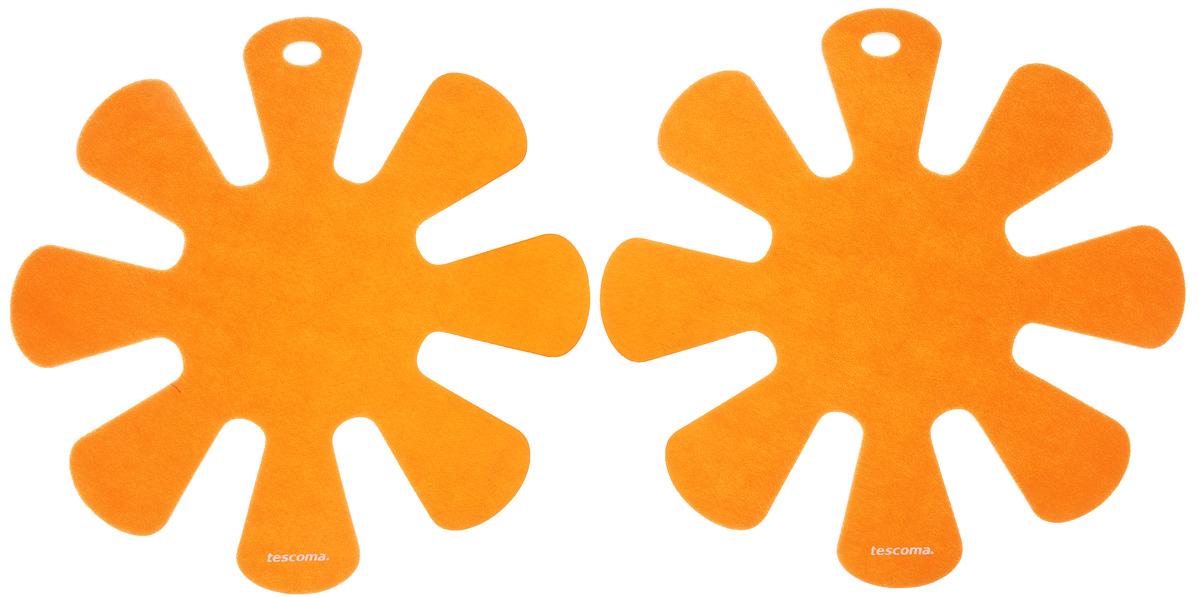 Протектор для хранения посуды Tescoma Presto, цвет: оранжевый, 2 шт420883_оранжевыйПротектор для хранения посуды Tescoma Presto выполнен из прочной синтетической ткани. Он используется для защиты посуды с антипригарным покрытием при хранении на кухне. Подходит для посуды диаметром от 24 до 32 см. Нельзя использовать для горячей или неочищенной посуды.Не использовать в качестве подставки под горячее.Не использовать в посудомоечной машине.Рекомендуется обычная стирка при 40°С.В комплекте 2 протектора.Диаметр протектора: 38 см.
