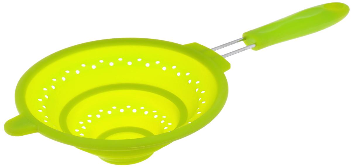 Дуршлаг Mayer & Boch, силиконовый, складной, цвет: зеленый, диаметр 20 см4434-2Дуршлаг Mayer & Boch изготовлен из качественного пищевого силикона и оснащен металлической ручкой. Благодаря гибкости материала, дуршлаг удобно складывается и занимает минимум места при хранении. В таком дуршлаге удобно промывать ягоды, фрукты, овощи, а также процеживать макароны.Дуршлаг является необходимым аксессуаром для каждой кухни. Он станет полезным и практичным приобретением.Диаметр дуршлага: 20 см.Длина (с учетом ручки): 40 см.Максимальная высота стенки: 7 см.Минимальная высота стенки: 1,5 см.