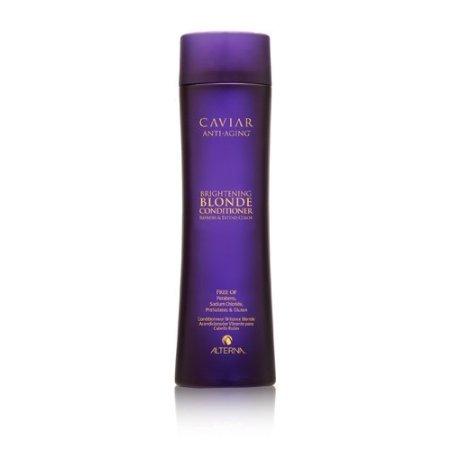 Alterna Кондиционер c морским шелком для светлых волос Caviar Anti-Aging Seasilk Blonde Conditioner - 250 мл60617Имеет легкую кремовую текстуру. Питает поврежденные волосы, выравнивает их структуру и облегчает расчесывание. Смягчает и наполняет живительной влагой истощенные волосы, делая их послушными и легкими в укладке. Нейтрализует желтизну и придает обесцвеченным светлым волосам сияющий блеск. Усиливает оптические проявления глубины тона, придавая волосам эффект свечения. Защищает волосы от вредного воздействия UV-лучей и обеспечивает их термозащиту и сохраняет цвет. Подходит как натуральным, так и окрашенным волосам. Результат: После применения кондиционера волосы становятся эластичными и шелковистыми, они легко расчесываются и блестят.