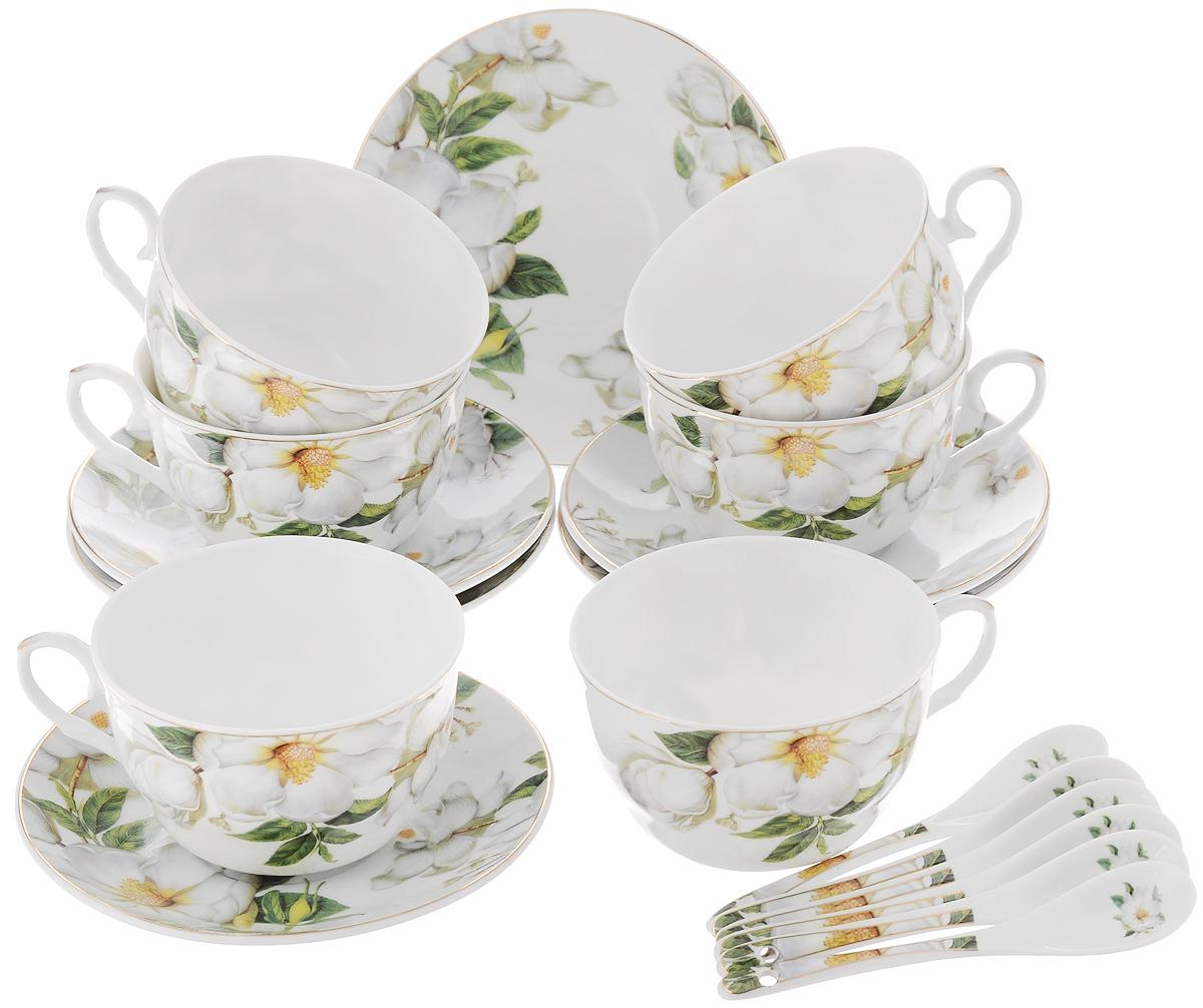 Набор чайный Elan Gallery Белый шиповник, с ложками, 18 предметов730482Чайный набор Elan Gallery Белый шиповник состоит из 6 чашек, 6 блюдец и 6 ложечек,изготовленных из высококачественной керамики. Предметы набора декорированы изображением цветов.Чайный набор Elan Gallery Белый шиповник украсит ваш кухонный стол, а такжестанет замечательным подарком друзьям и близким.Изделие упаковано в подарочную коробку с атласной подложкой. Не рекомендуется применять абразивные моющие средства. Не использовать в микроволновой печи.Объем чашки: 250 мл.Диаметр чашки по верхнему краю: 9,5 см.Высота чашки: 6 см.Диаметр блюдца: 14 см.Длина ложки: 12,5 см.