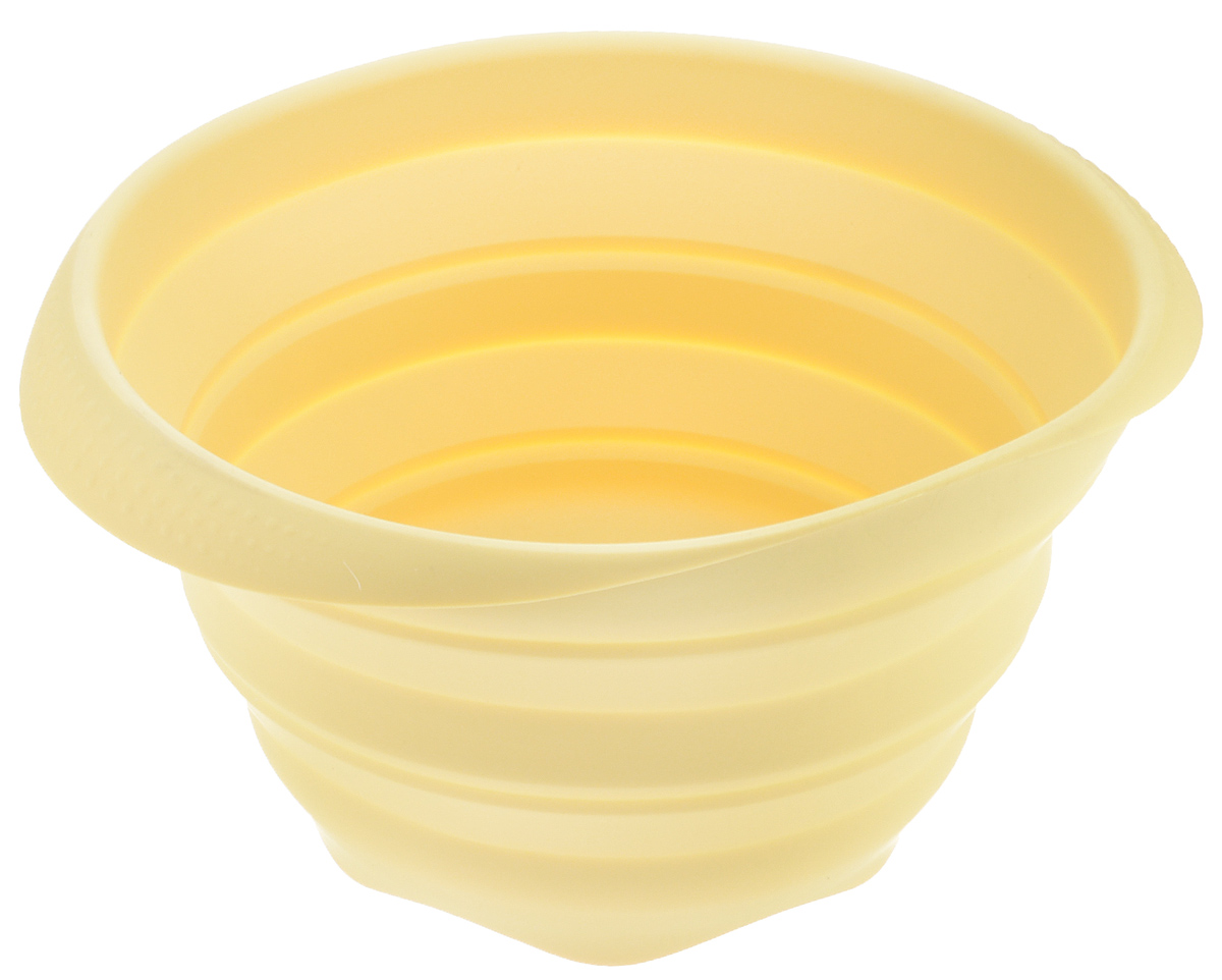 Миска Tescoma Fusion, силиконовая, цвет: желтый, диаметр 24см638414Складная миска Tescoma Fusion, изготовленная из первоклассного жароупорного силикона, станет полезным приобретением для вашей кухни. Изделие отлично складывается, можно быстро разложить и сложить, легко моется. Обладает термостойкостью от - 40°C до + 230°C.Миска пригодна для всех видов духовок, микроволновой печи и холодильника.Можно мыть в посудомоечной машине.Диаметр миски: 24 см.Ширина миски (с учетом ручек): 27 см.Высота миски (в разложенном виде): 14 см.Высота миски (в сложенном виде): 4,5 см.
