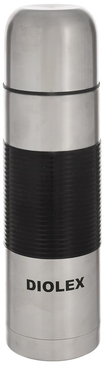 Термос Diolex, цвет: черный, стальной, 0,75 л750-1Термос Diolex изготовлен из высококачественной нержавеющей стали с матовой полировкой. Двойная колба из нержавеющей стали сохраняет напитки горячими до 12 часов, а холодными до 24 часов. Резиновая вставка на корпусе обеспечивает надежный хват и удобство использования. Термос еще удобен и тем, что нет необходимости полностью откручивать пробку. Чтобы налить напиток, просто нажмите кнопку. Крышку можно использовать в качестве кружки, ее внутренняя поверхность отделана пластиком, гигиенична и легка в очистке. Удобный, компактный и практичный термос пригодится в путешествии, походе и поездке. Диаметр горлышка: 5 см. Диаметр основания термоса: 8 см. Высота термоса: 28 см.