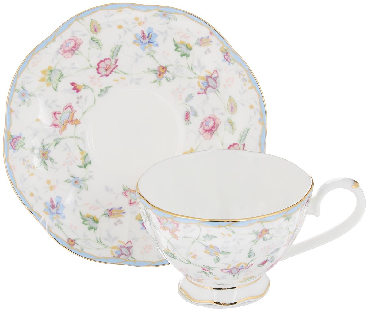 Чайная пара Цветочный каприз, 2 предмета530042Чайная пара Elan Gallery Цветочный каприз состоит из чашки и блюдца, изготовленных из керамики высшего качества, отличающегося необыкновенной прочностью и небольшим весом. Яркий дизайн, несомненно, придется вам по вкусу.Чайная пара Elan Gallery Цветочный каприз украсит ваш кухонный стол, а также станет замечательным подарком к любому празднику.Не рекомендуется применять абразивные моющие средства. Не использовать в микроволновой печи.Объем чашки: 250 мл.Диаметр чашки (по верхнему краю): 10 см.Высота чашки: 6,5 см.Диаметр блюдца: 16 см.Высота блюдца: 2,2 см.