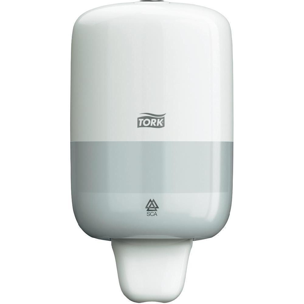 Диспенсер для мыла Tork, цвет: белый. 561000561000Дозатор используется в туалетных комнатах, имеющих среднюю и малую проходимость.Изделие изготовлено из прочного пластика черного цвета.Дозатор предназначен для одного стандартного картриджа мыла Tork. Избежать протекания и засорения приспособления позволяет надежная система дозирования средства.Нажатие на клавишу приводит дозатор в действие. Приспособление обеспечивает экономичный расход: 1 нажатие соответствует 1 мл моющего средства.