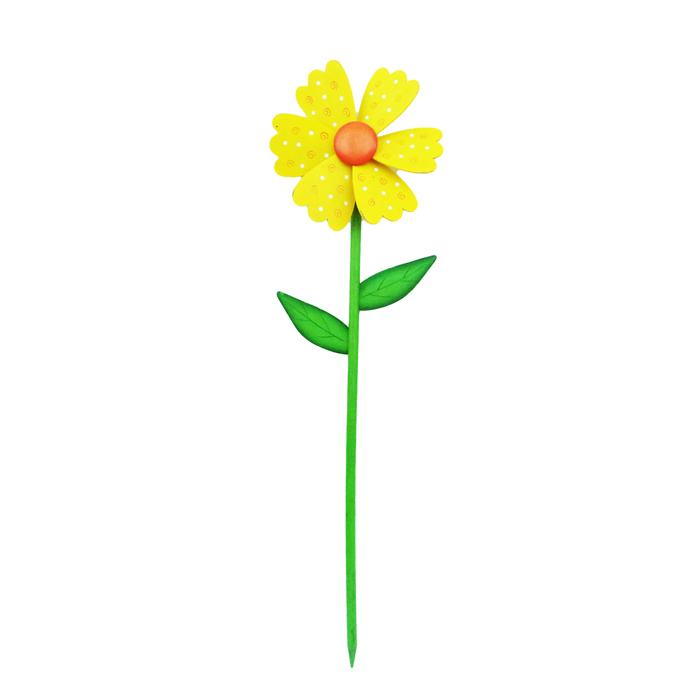 Декоративная фигура-вертушка Village People Цветник, цвет: желтый, 16 х 3,5 х 57 см. 68457_168457-1Ветряная фигурка-вертушка Village People Цветник, изготовленная из дерева, это не только игрушка, но и замечательный способ отпугнуть птиц с грядок. Изделие выполнено в виде жука и располагается на палочке. Яркий дизайн изделия оживит ландшафт сада или огорода.