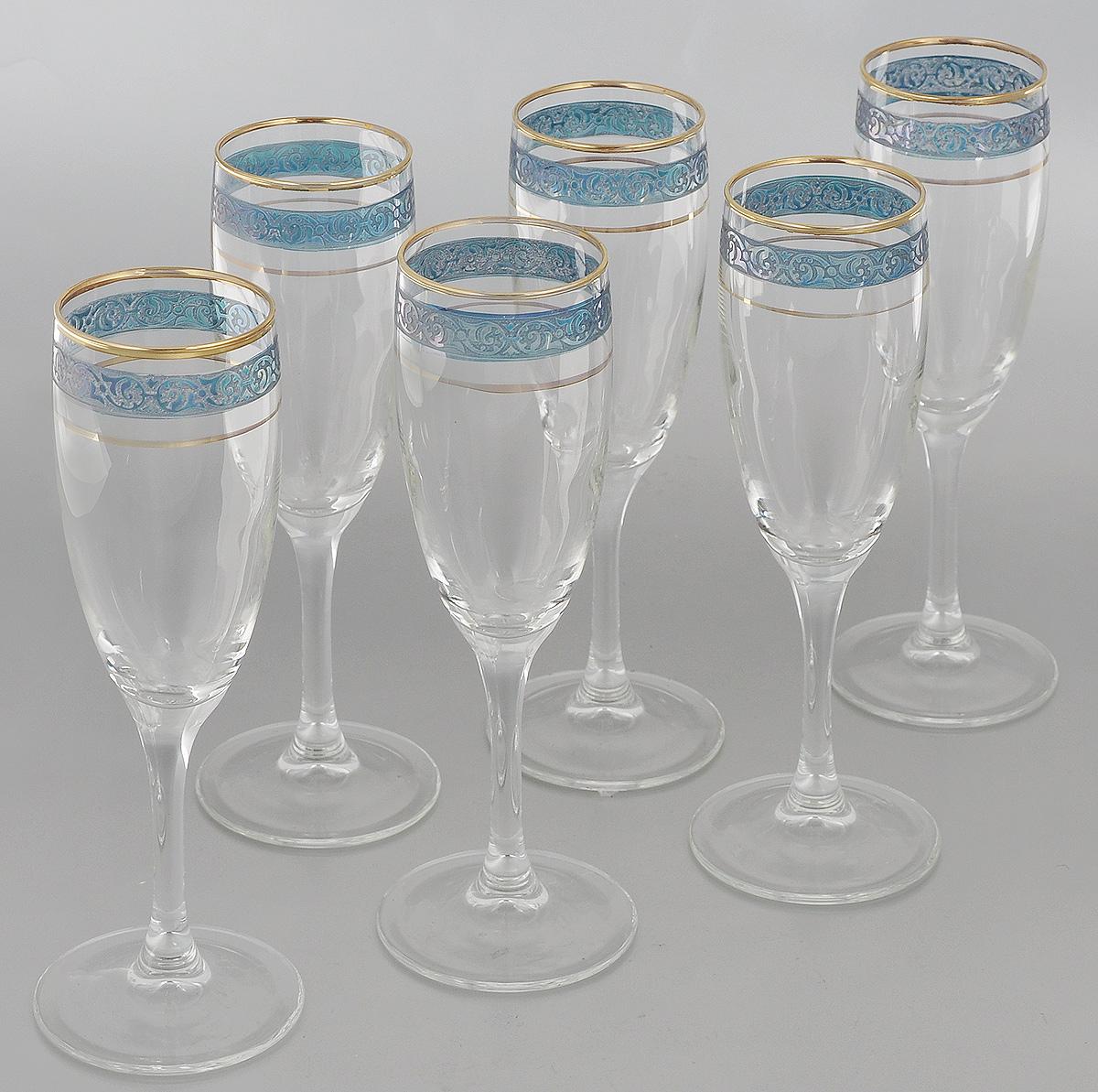 """Набор Гусь-Хрустальный """"Махараджа"""" состоит из 6 бокалов на длинных тонких ножках, изготовленных из высококачественного натрий-кальций-силикатного стекла. Изделия оформлены красивым зеркальным покрытием и окантовкой. Бокалы предназначены для шампанского или вина. Такой набор прекрасно дополнит праздничный стол и станет желанным подарком в любом доме.  Разрешается мыть в посудомоечной машине.  Диаметр бокала (по верхнему краю): 5 см.  Высота бокала: 20 см."""