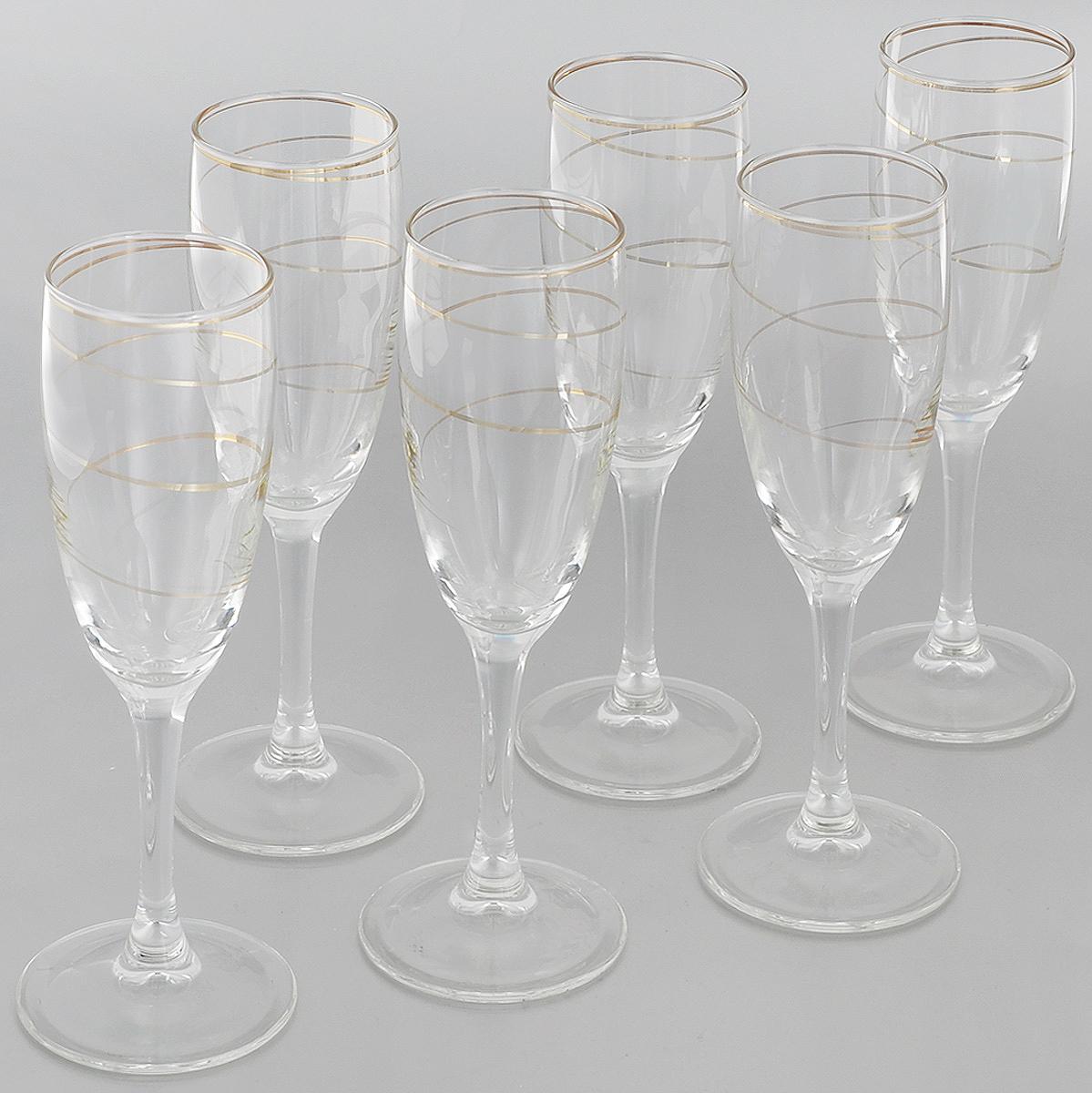 Набор бокалов Гусь-Хрустальный Змейка, 170 мл, 6 штD29-1687Набор Гусь-Хрустальный Змейка состоит из 6 бокалов на длинных тонких ножках, изготовленных из высококачественного натрий-кальций-силикатного стекла. Изделия оформлены красивым золотистым орнаментом. Бокалы предназначены для шампанского или вина. Такой набор прекрасно дополнит праздничный стол и станет желанным подарком в любом доме. Разрешается мыть в посудомоечной машине. Диаметр бокала (по верхнему краю): 5 см. Высота бокала: 20 см.