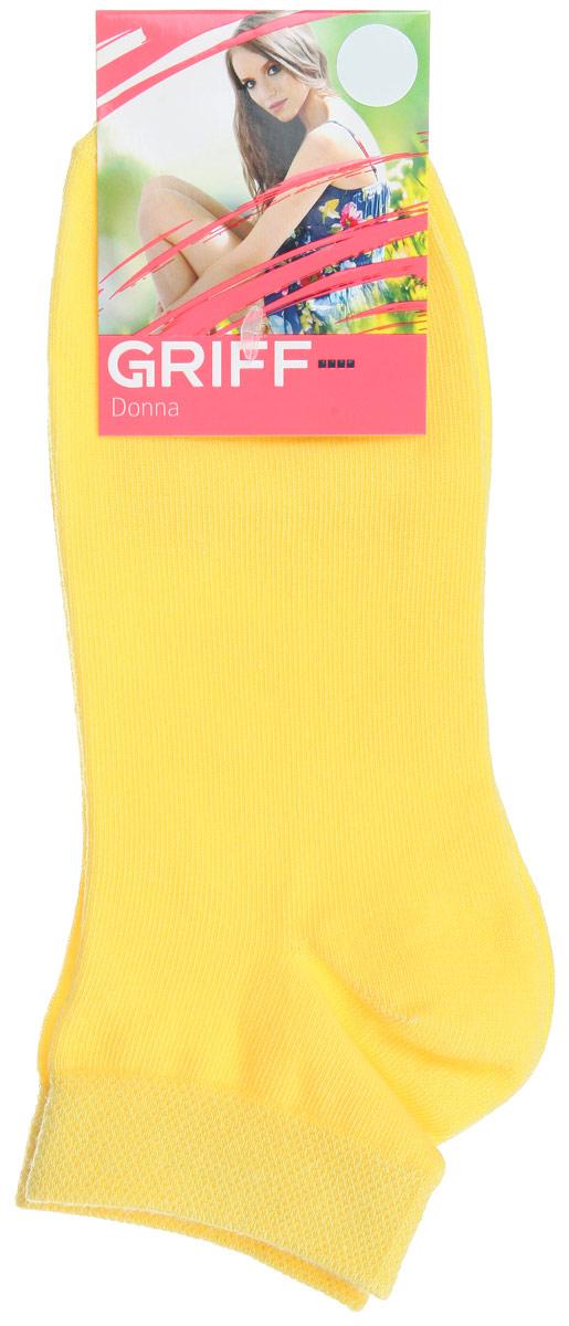 Носки женские Griff Donna, цвет: желтый. D4U3. Размер 35/38D4U3Женские укороченные носки Griff изготовлены из высококачественного сырья. Однотонные носки очень мягкие на ощупь, а широкая резинка плотно облегает ногу, не сдавливая ее, благодаря чему вам будет комфортно и удобно. Усиленная пятка и мысок обеспечивают надежность и долговечность.