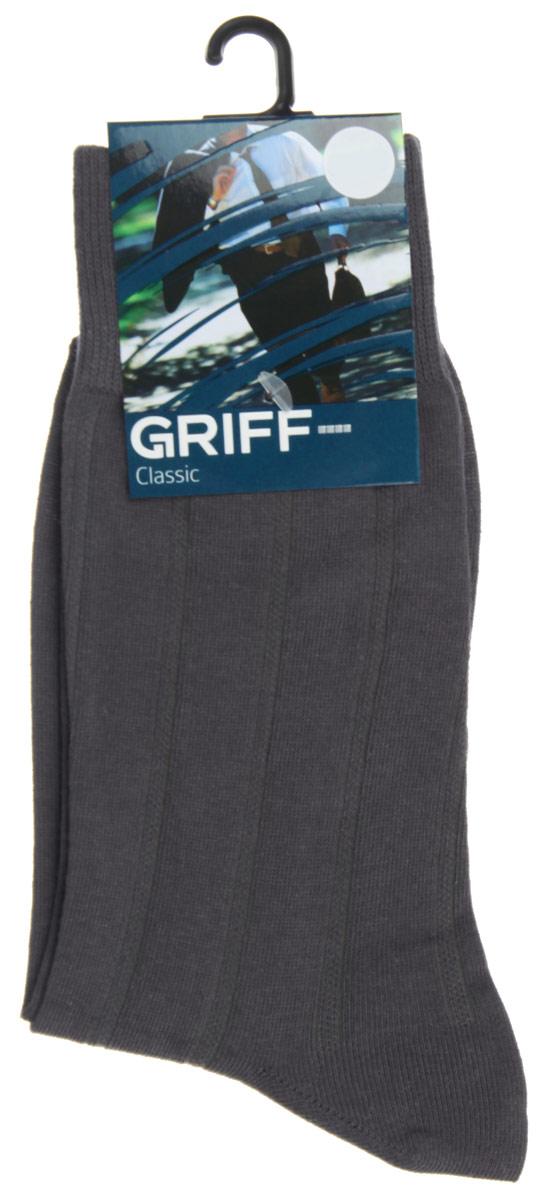 Носки мужские Griff Classic, цвет: темно-серый. A41. Размер 42/44A41Мужские носки Griff Classic, вывязанные техникой платировки, изготовлены из высококачественного сырья с добавлением полиамидных волокон, которые обеспечивают великолепную посадку. Носки отличаются элегантным внешним видом. Удобная широкая резинка идеально облегает ногу и не пережимает сосуды, усиленные пятка и мысок повышают износоустойчивость носка, а удлиненный паголенок придает более эстетичный вид.