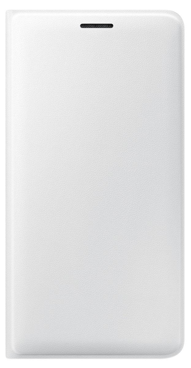 Samsung EF-WJ320 FlipWallet чехол для Galaxy J3 (2016), WhiteEF-WJ320PWEGRUЧехол-книжка Samsung Flip Wallet подходит для модели смартфона Samsung Galaxy J3 (2016). В отличие от простых накладок он защищает не только боковые грани и заднюю стенку смартфона, но и экран от пыли, царапин и потертостей. Он выполнен из полиуретана и плотно прилегает к корпусу девайса. Изящный чехол в минималистичном стиле станет отличным подарком для практичных людей. В специальном кармашке внутри чехла можно хранить визитки, кредитные карты или денежные купюры. Тонкие стенки аксессуара практически не увеличивают габаритов Samsung Galaxy J3 (2016). При использовании смартфона доступы ко всем портам и камере остаются открытыми.