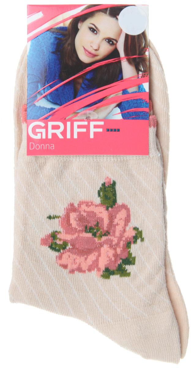 Носки женские Griff Цветок, цвет: светло-бежевый. D252. Размер 35/38D252Женские носки Griff Цветок изготовлены из высококачественного сырья. Носки очень мягкие на ощупь, а широкая резинка плотно облегает ногу, не сдавливая ее, благодаря чему вам будет комфортно и удобно. Усиленная пятка и мысок обеспечивают надежность и долговечность.Носки на паголенке оформлены рисунком в виде розы.