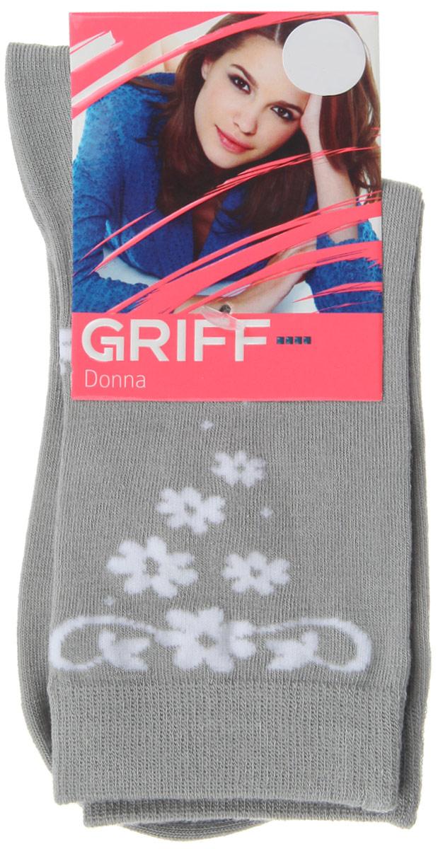 Носки женские Griff Цветочки, цвет: серый. D264. Размер 39/41D264Женские носки Griff Цветочки изготовлены из высококачественного сырья. Носки очень мягкие на ощупь, а широкая резинка плотно облегает ногу, не сдавливая ее, благодаря чему вам будет комфортно и удобно. Усиленная пятка и мысок обеспечивают надежность и долговечность.Носки оформлены оригинальным принтом.