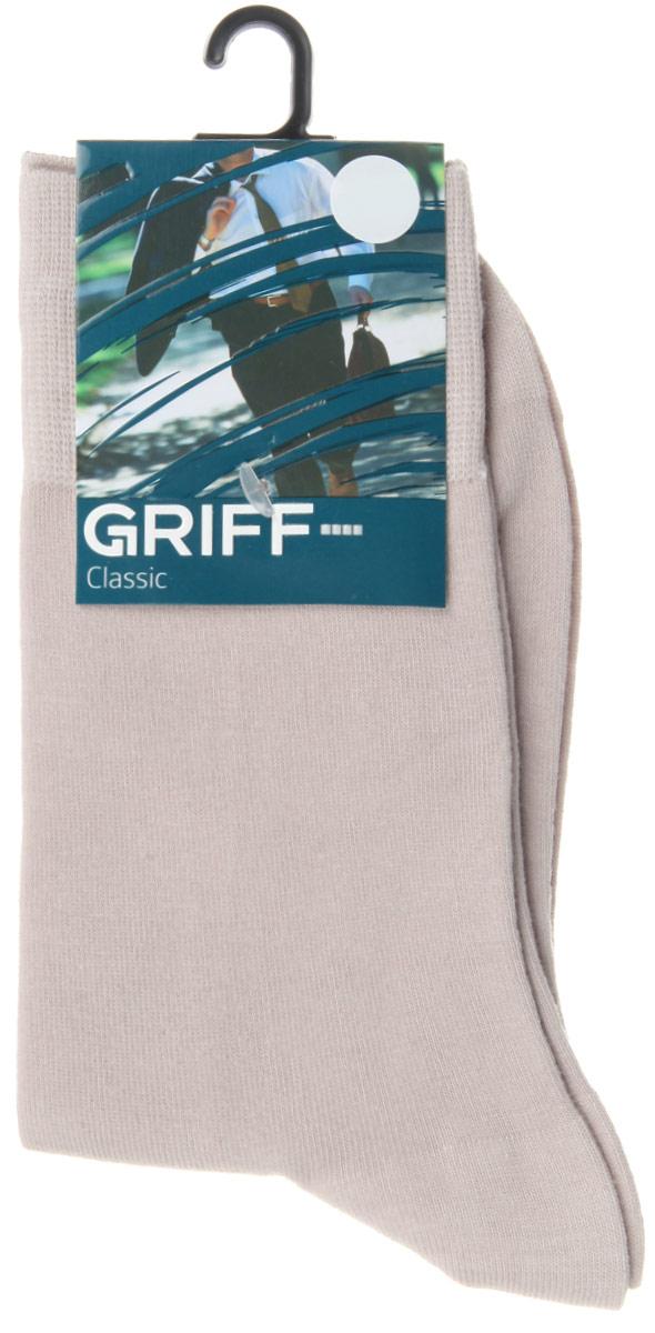 Носки мужские Griff Classic, цвет: светло-серый. B01. Размер 42/44B01Мужские носки Griff Classic изготовлены из высококачественного сырья с добавлением полиамидных волокон, которые обеспечивают великолепную посадку. Носки отличаются элегантным внешним видом. Удобная широкая резинка идеально облегает ногу и не пережимает сосуды, усиленные пятка и мысок повышают износоустойчивость носка, а удлиненный паголенок придает более эстетичный вид.