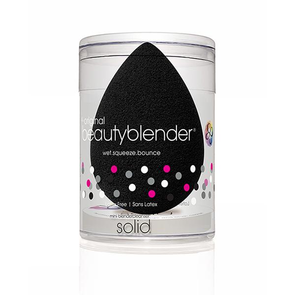 Beautyblender Спонж pro и мини мыло для очистки Solid Blendercleanser1039pro икона-версия продукта beautyblender, созданная специально для профессионалов, - это самый лучший вариант для нанесения косметических продуктов темных оттенков, стойких средств, а так же средств для автозагара. Дает наиболее плотное покрытие, подходит для вечернего макияжа.Мыло blendercleanser идеально подходит для очищения спонжа. Удобнодля путешествий, для точечного очищения, для очищения кистей. А легкая отдушка лаванды создаст атмосферу гармонии.