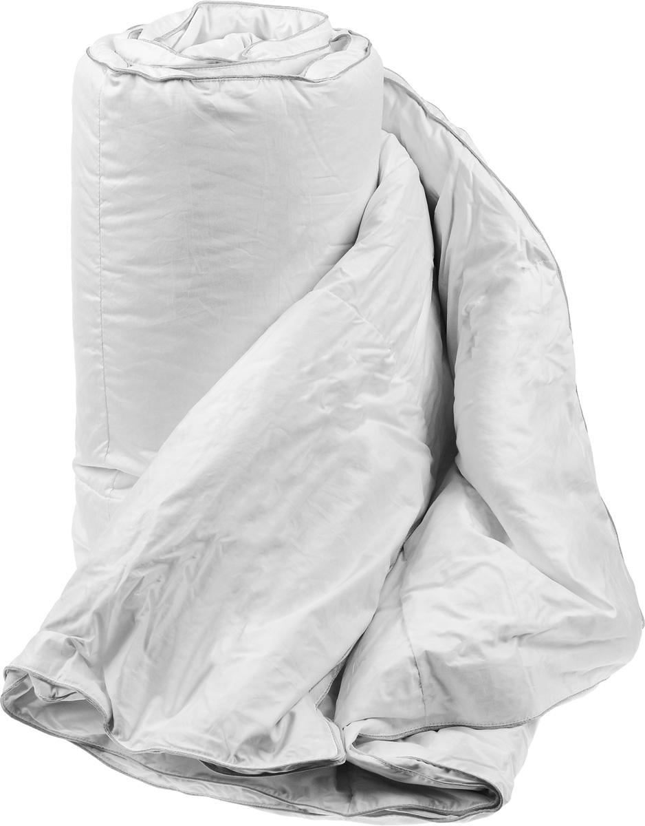 Одеяло теплое Легкие сны Лоретта, наполнитель: гусиный пух категории Экстра, 200 х 220 см200(17)03-ЭБТеплое одеяло размера евро Легкие сны Лоретта поможет расслабиться, снимет усталость и подарит вам спокойный и здоровый сон. Одеяло наполнено серым гусиным пухом категории Экстра, оно необычайно легкое, пышное, обладает превосходными теплозащитными свойствами. Кассетное распределение пуха способствует сохранению формы и воздушности изделия. Чехол одеяла выполнен из благородного белоснежного пуходержащего сатина (100% хлопок). Серый шелковый кант изящно подчеркивает форму и оттеняет гладкость и блеск сатина. Цвет изделия дает возможность использовать постельное белье светлых оттенков. Под нежным, мягким и теплым одеялом вам приснятся только сказочные сны. Одеяло можно стирать в стиральной машине.