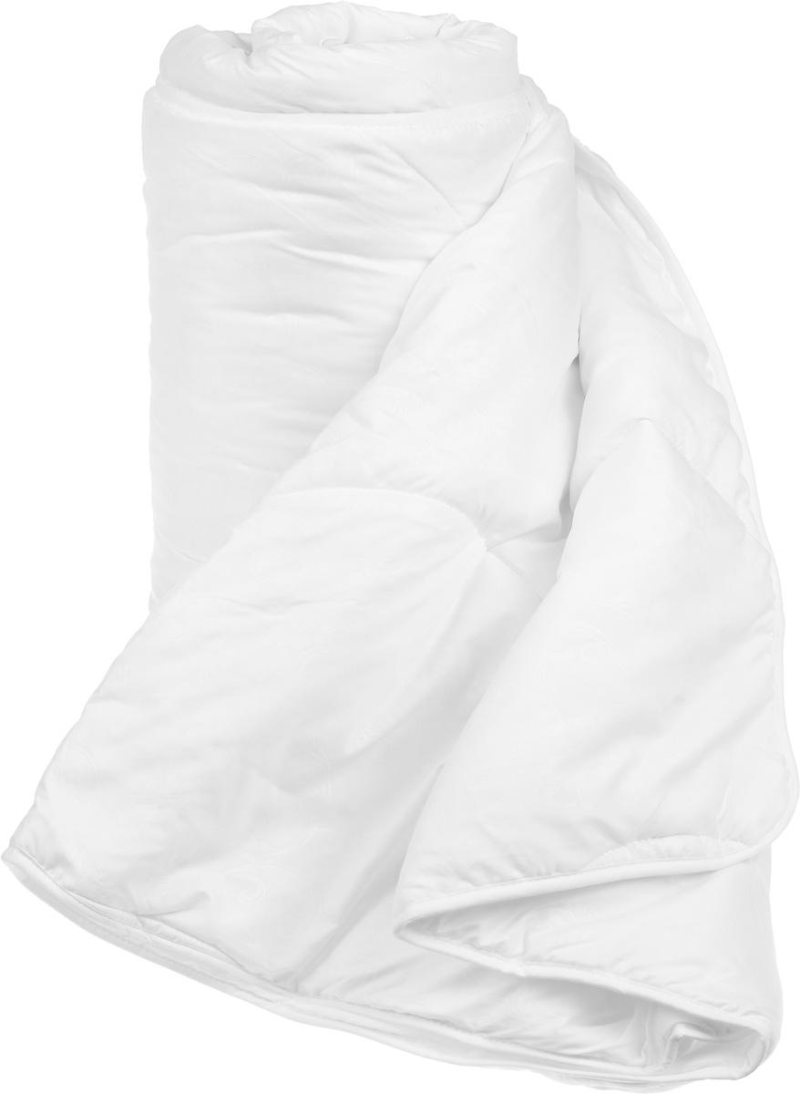 Одеяло легкое Легкие сны Тропикана, наполнитель: бамбуковое волокно, 172 x 205 см172(40)07-БВОЛегкое одеяло Легкие сны Тропикана с наполнителем из бамбукового волокна обладает множеством преимуществ. Оно воплощает в себе все лучшие качества природного и экологически безопасного материала. Его наполнитель хорошо сохраняет тепло и пропускает воздух, что позволяет использовать такое одеяло круглый год.Волокно бамбука - это натуральный материал, добываемый из стеблей растения. Он обладает способностью быстро впитывать и испарять влагу, а также антибактериальными свойствами, что препятствует появлению пылевых клещей и болезнетворных бактерий. Изделия с наполнителем из бамбука отличаются превосходными дезодорирующими свойствами, мягкие, легкие, простые в уходе, гипоаллергенные и подходят абсолютно всем. Чехол одеяла выполнен из микрофибры белого цвета с тиснением в виде растительного рисунка. Одеяло простегано и окантовано. Стежка надежно удерживает наполнитель внутри и не позволяет ему скатываться. Можно стирать в стиральной машине.