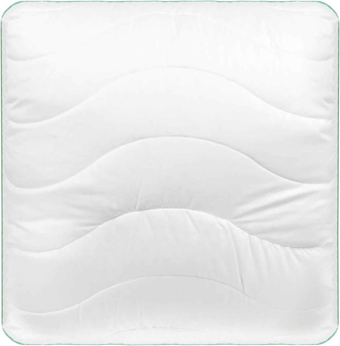 Подушка Легкие сны Тропикана, наполнитель: бамбуковое волокно, 68 x 68 см77(40)07-БВПодушка Легкие сны Тропикана поможет расслабиться, снимет усталость и подарит вам спокойный и здоровый сон.Волокно бамбука - это натуральный материал, добываемый из стеблей растения. Он обладает способностью быстро впитывать и испарять влагу, а также антибактериальными свойствами, что препятствует появлению пылевых клещей и болезнетворных бактерий.Изделия с наполнителем из бамбука легко пропускают воздух. Они отличаются превосходными дезодорирующими свойствами, мягкие, легкие, простые в уходе, гипоаллергенные и подходят абсолютно всем.Чехол изделия выполнен из микрофибры (100% полиэстер) белого цвета с тиснением в виде растительного рисунка, по краю подушка отделана атласным кантом травяного цвета.Подушку можно стирать в стиральной машине.Степень поддержки: средняя.Уважаемые клиенты!Обращаем ваше внимание на цветовой ассортимент товара. Поставка осуществляется в зависимости от наличия на складе.