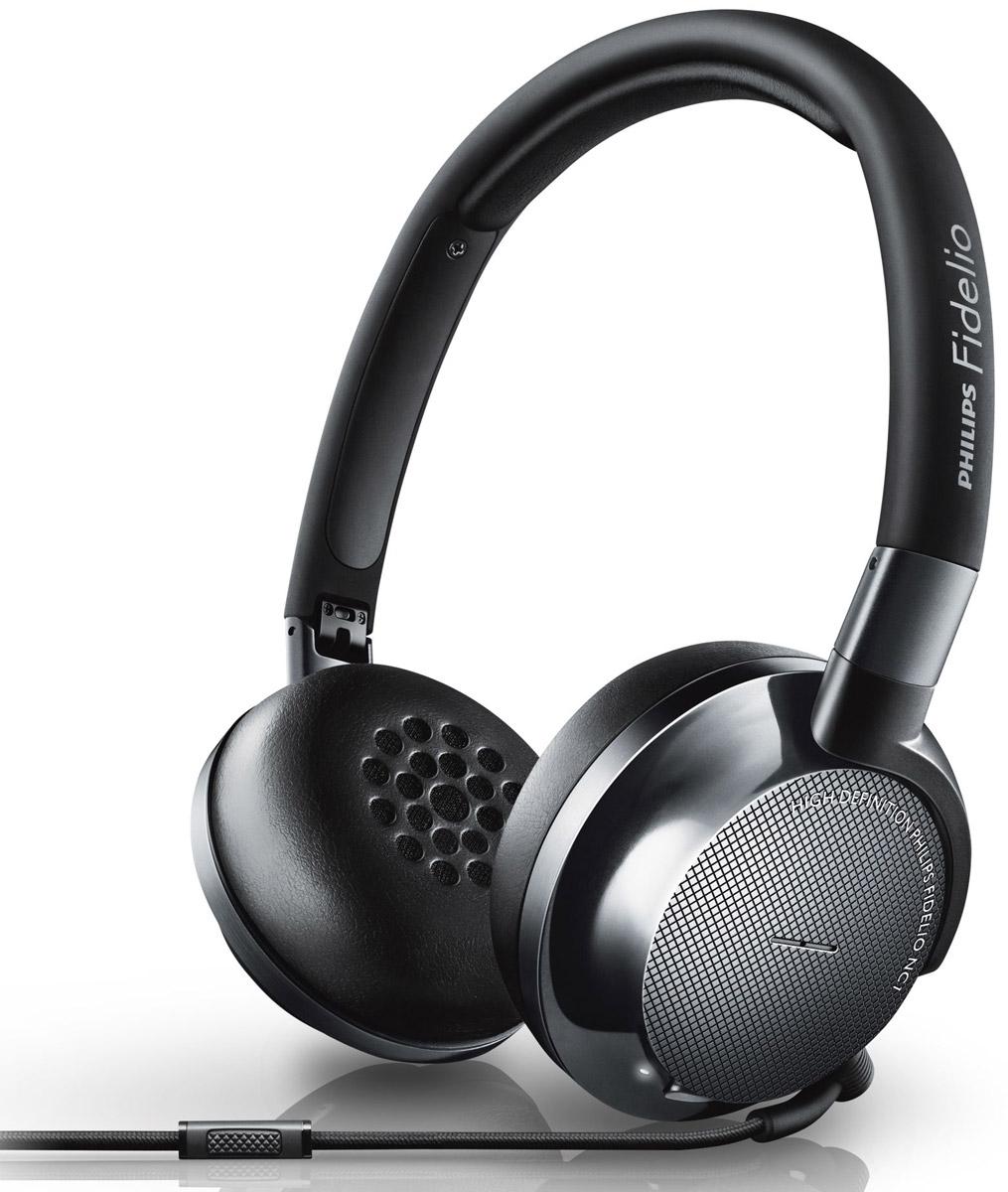Philips NC1/00 наушникиNC1/00Откройте для себя технологию максимального шумоподавления с моделью Philips Fidelio NC1. Слушайте только звук высокой четкости, а шум останется в стороне. Компактная складная конструкция и ощущение комфорта при длительном прослушивании делают эти наушники идеальным спутником как в долгом пути, так и в поездках на работу.Звук высокого разрешения обеспечивает максимально качественное воспроизведение музыки:Звук высокого разрешения обеспечивает превосходное качество воспроизведения, которое гораздо ближе к студийному, чем форматы CD 16 бит/44,1 кГц. Благодаря такому безупречному качеству звук высокого разрешения не оставит равнодушным ни одного меломана. Наушники Fidelio соответствуют строжайшим стандартам качества и сертифицированы для воспроизведения звука высокого разрешения. Независимо от источника звука, будь то коллекция высококачественных музыкальных треков или более традиционные музыкальные композиции, наушники Fidelio обеспечивают безупречное звучание с расширенным диапазоном высоких частот, что позволяет открыть для себя новые грани музыки.Комбинированная технология для превосходного шумоподавления:В наушниках Fidelio NC-1 используется технология активного шумоподавления (ANC) прямой и обратной связи: внутри и снаружи чашек наушников расположены 4 микрофона для улавливания шума и дальнейшей обработки. Шумоподавление прямой связи (микрофон расположен снаружи чашки) работает для более широкого диапазона частот, в то время как шумоподавление обратной связи (микрофон расположен внутри чашки) отвечает за повышенную шумоизоляцию. Данная комбинация гарантирует шумоподавление для широкого диапазона частот и более глубокого звучания, чтобы вы могли наслаждаться отличным качеством звука в любой обстановке.Оптимизированные 40-мм излучатели с неодимовыми магнитами для безупречного звука высокой четкости:Каждый излучатель старательно собран вручную, а затем настроен, протестирован и подобран в пару, чтобы наушники обеспечивали сбалансированное