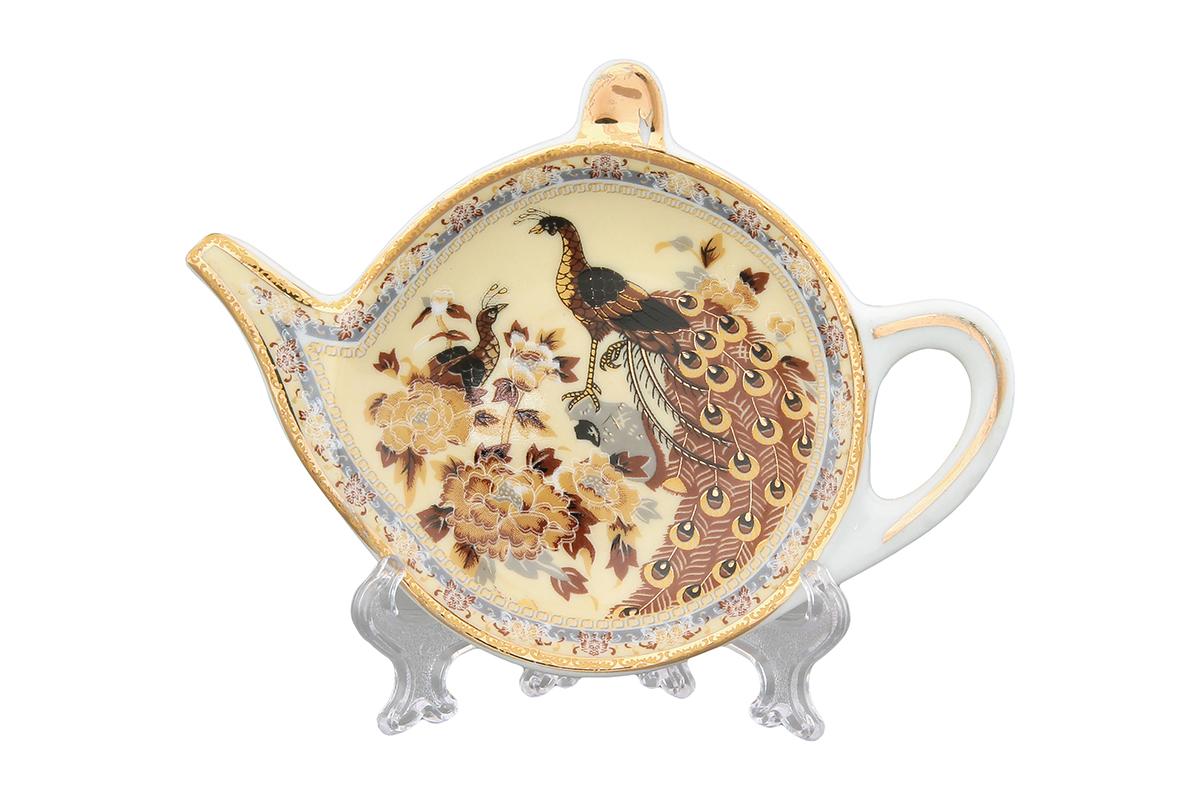 Розетка-подставка под чайный пакетик Elan Gallery Павлин. 180205180205Розетка-подставка для чайных пакетиков, выполненная в форме чайничка, изготовлена из высококачественной керамики. Розетка-подставка придется по вкусу любой хозяйке, так как кухонный стол всегда останется чистым, без нежелательных разводов от чайных пакетиков.