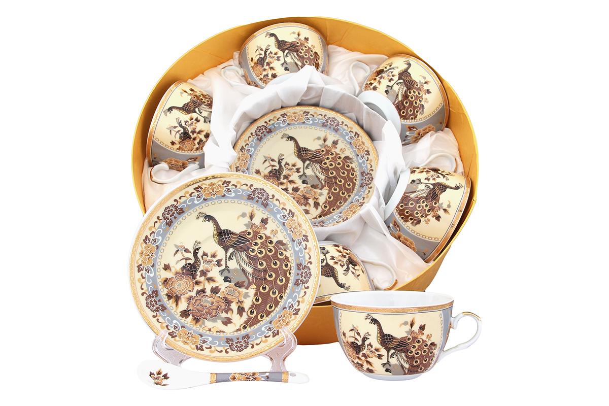 Набор чайный Elan Gallery Павлин, 18 предметов. 471355471355Чайный набор Elan Gallery Павлин состоит из шести чашек, шести блюдец и шести чайных ложек,изготовленных из высококачественной керамики Предметы набора оформленыизящным и ярким рисунком.Чайный набор Elan Gallery Павлин украсит ваш кухонный стол, а также станет замечательным подарком друзьям и близким.Не рекомендуется использовать в микроволновой печи. Не применять абразивные моющие вещества.Объем чашки: 250 мл.Диаметр чашки по верхнему краю: 9,5 см.Высота чашки: 6 см.Диаметр блюдца: 14 см.Высота блюдца: 2,2 см.Длина ложки: 13 см.