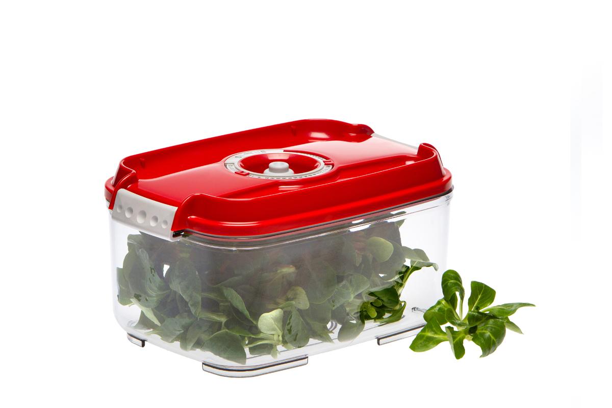 Контейнер вакуумный Status, цвет: прозрачный, красный, 2 лVAC-REC-20 RedВакуумный контейнер Status рекомендован для хранения следующих продуктов: фрукты, овощи, хлеб, колбасы, сыры, сладости, соусы, супы. Благодаря использованию вакуумных контейнеров, продукты не подвергаются внешнему воздействию и срок хранения значительно увеличивается. Продуктысохраняют свои вкусовые качества и аромат, а запахи в холодильнике не перемешиваются. Контейнер изготовлен из прочного хрустально-прозрачного тритана. На крышке - индикатор даты (месяц, число). Допускается замораживание (до -21 °C), мойка контейнера в посудомоечной машине, разогрев в СВЧ (без крышки). Объем контейнера: 2 л. Размер: 22,5 x 15,5 x 11,5 см.