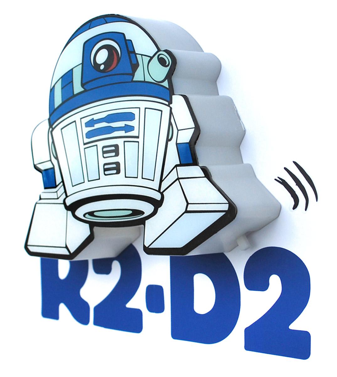Пробивной 3D мини-светильник Star Wars R2-D2 обязательно понравится вашему ребенку. Особенности: Безопасный: без проводов, работает от батареек (2хААА, не входят в комплект); Не нагревается: всегда можно дотронуться до изделия;   Реалистичный: 3D наклейка в комплекте; Фантастический: выглядит превосходно в любое время суток;    Удобный: простая установка (автоматическое выключение через полчаса непрерывной работы). Товар предназначен для детей старше 3 лет. ВНИМАНИЕ! Содержит мелкие детали, использовать под непосредственным наблюдением взрослых.