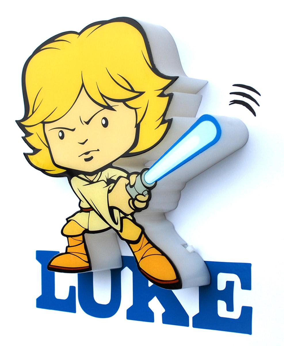 Пробивной 3D мини-светильник Star Wars Люк Скайуокер обязательно понравится вашему ребенку.Особенности:   Безопасный: без проводов, работает от батареек (2хААА, не входят в комплект);Не нагревается: всегда можно дотронуться до изделия;Реалистичный: 3D наклейка в комплекте;Фантастический: выглядит превосходно в любое время суток;Удобный: простая установка (автоматическое выключение через полчаса непрерывной работы).Товар предназначен для детей старше 3 лет. ВНИМАНИЕ! Содержит мелкие детали, использовать под непосредственным наблюдением взрослых.
