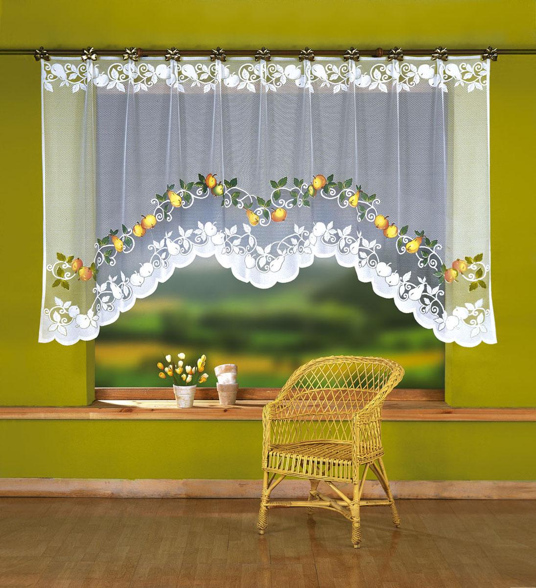 Штора для кухни Wisan, на ленте, цвет: белый, желтый, зеленый, высота 150 см. 23472347Штора-арка Wisan, выполненная из легкого полупрозрачного полиэстера белого цвета, станет великолепным украшением кухонного окна. Изделие имеет ассиметричную длину и красивый орнамент в виде яблок и груш. Качественный материал и оригинальный дизайн привлекут к себе внимание и позволят шторе органично вписаться в интерьер помещения. Штора оснащена шторной лентой под зажимы для крепления на карниз.