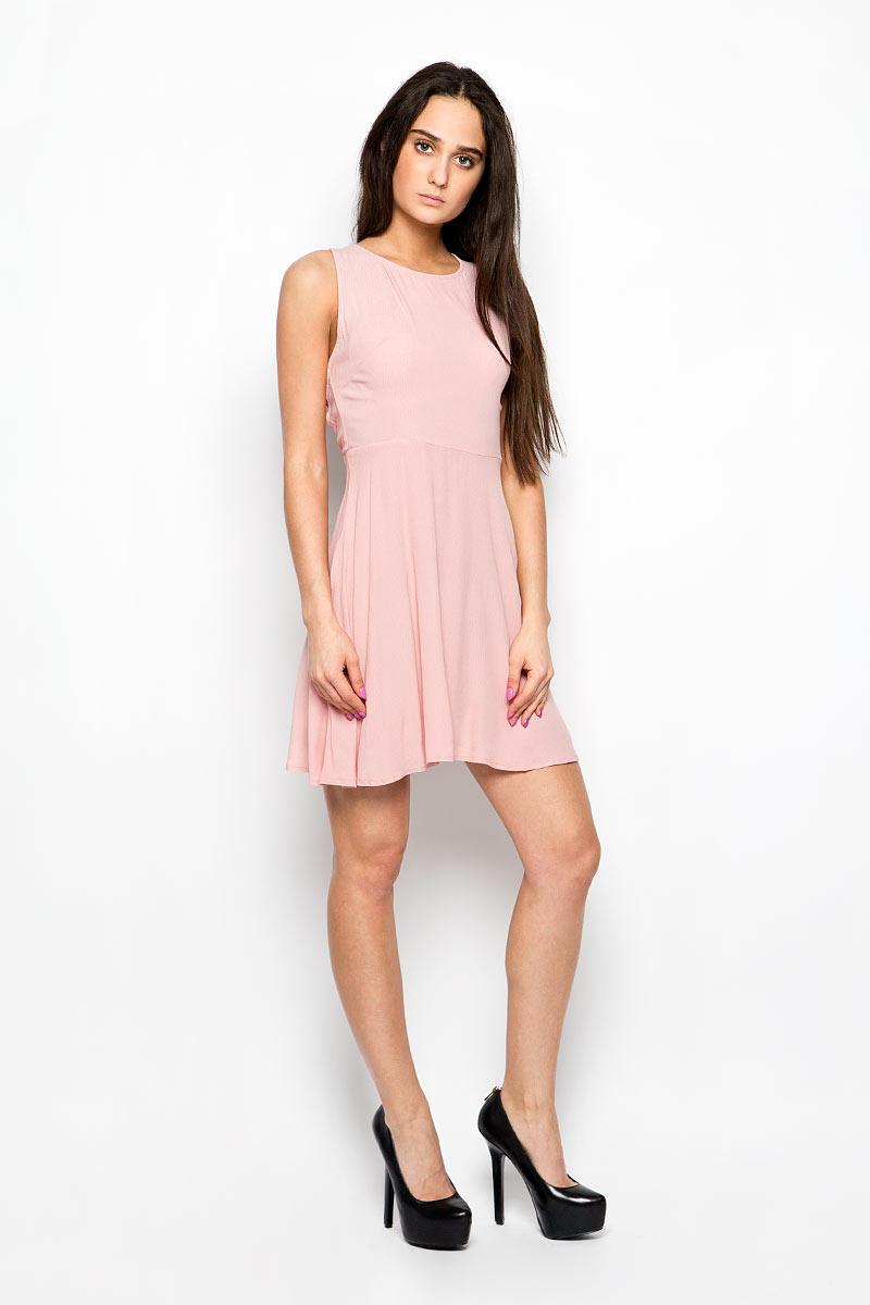 Платье Glamorous, цвет: бледно-розовый. CK2741. Размер XS (42)CK2741_Light Dusty PinkЛегкое платье Glamorous поможет создать привлекательный женственный образ. Изделие выполнено из мягкой вискозы, приятное к телу, не сковывает движения и хорошо вентилируется.Модель с круглым вырезом горловины застегивается сбоку на скрытую молнию. Спинка оформлена декоративным вырезом и дополнена шнуровкой.Это эффектное платье займет достойное место в вашем гардеробе!
