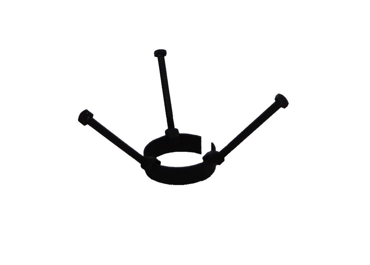 Насадка Огниво Корона, для казанов. 770134770134Металлическая насадка на трубу для посуды округлой формы (казанов и котелков). Характеристики:Диаметр - 9.2 см.Длина болтов - 14 см.Толщина металла - 3.0 мм.Ширина подставки - 3.5 см.