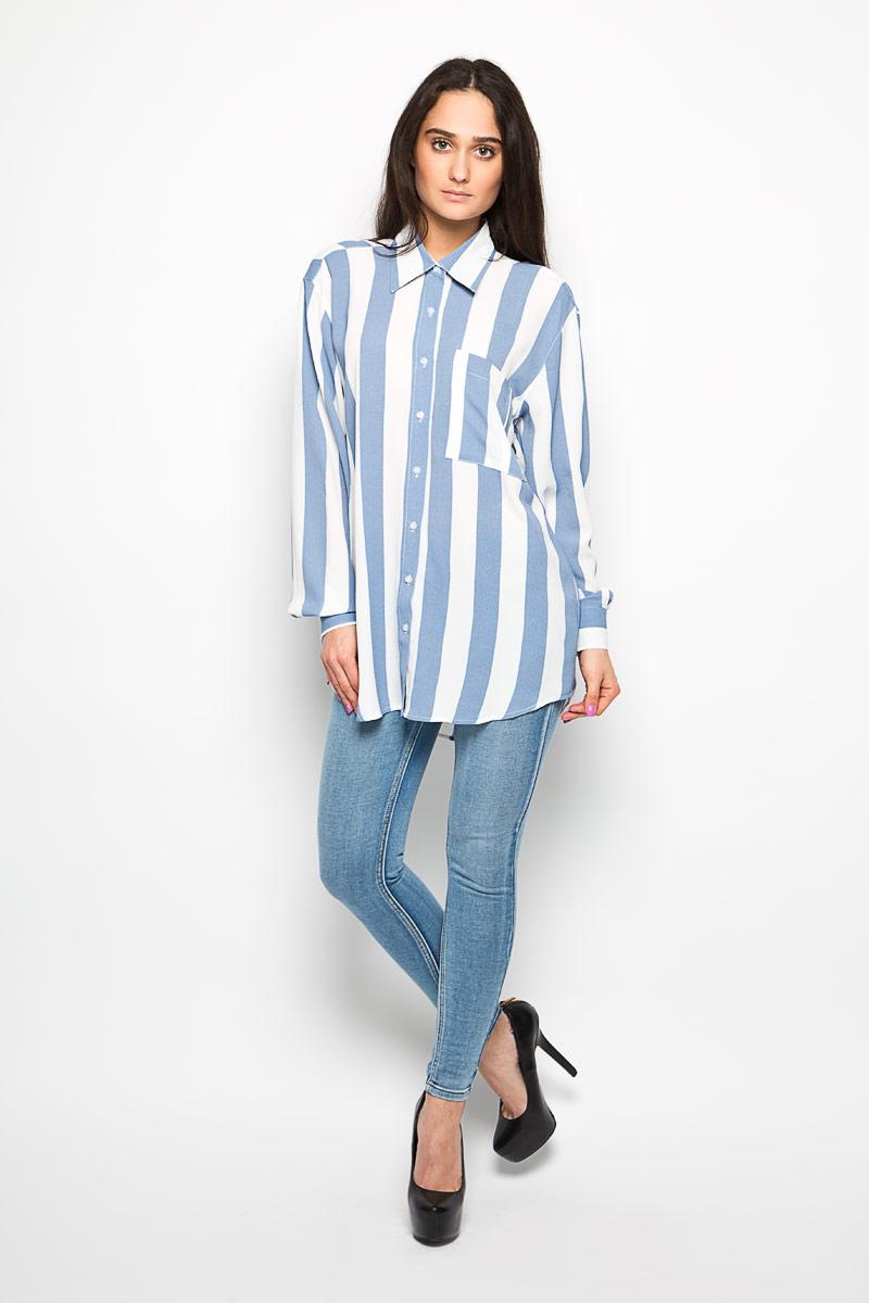 Блузка женская Glamorous, цвет: белый, темно-голубой. NW0079A. Размер XS (42)NW0079A WHITE BLUE WIDE STRIPEЖенская блузка Glamorous, выполненная из эластичного материала, прекрасно дополнит ваш образ. Материал изделия очень легкий, приятный на ощупь, не сковывает движения и хорошо вентилируется. Блузка с отложным воротником и длинными рукавами спереди застегивается на пуговицы по всей длине.Манжеты также имеют застежки-пуговицы. На груди изделие дополнено накладным карманом. Спинкамодели удлинена. Оформлено изделие принтом в полоску. Такая блузка будет дарить вам комфорт в течение всего дня и станет стильным дополнением к вашемугардеробу.