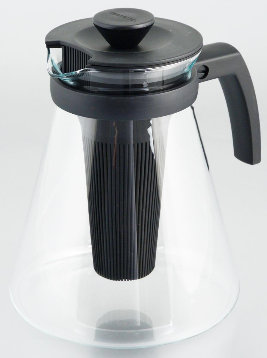 Чайник заварочный Tescoma Teo, с ситечками, цвет: черный, прозрачный, 1,7 л646624Заварочный чайник Tescoma Teo поможет приготовить вкусный и ароматный чай. Колба выполнена из термостойкого боросиликатного стекла, ручка и крышка из прочного пластика. Чайник снабжен съемными пластиковыми ситечками. Глубокое ситечко предназначено для заваривания свежей мяты, мелиссы, имбиря, сушеного шиповника. Очень густое ситечко для заваривания всех видов рассыпчатого чая. Можно использовать на газовых, электрических и стеклокерамических плитах и микроволновых печей. Не рекомендуется мыть в посудомоечной машине. Диаметр (по верхнему краю): 10 см. Высота чайника (без учета крышки): 19 см.