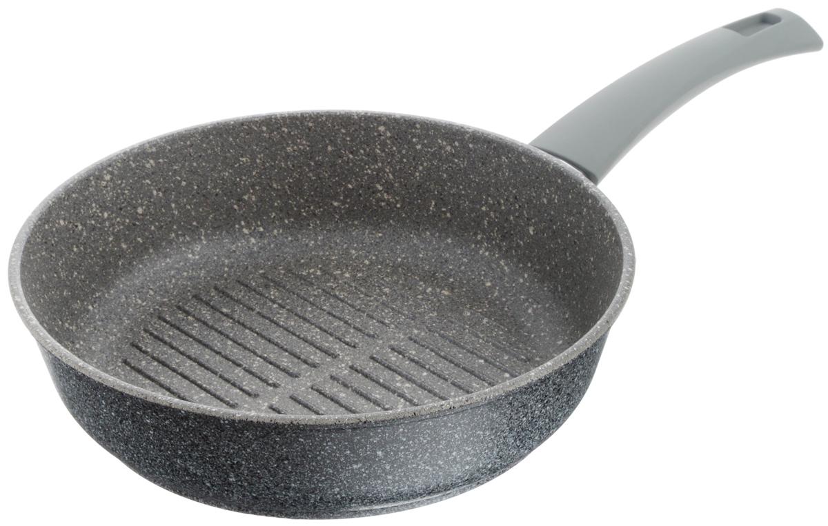 Сковорода-гриль Vari Pietra, с антипригарным покрытием, цвет: серый гранит. Диаметр 26 смGR32126Сковорода-гриль Vari Pietra изготовлена из литого алюминия. Толстые стенки и дно (4,5 и 6 мм) обеспечивают равномерное распределение и длительное сохранение тепла, что позволяет готовить блюда любой сложности. Многослойное антипригарное покрытие Quantanium содержит сверхтвердые частицы соединений титана, что придает посуде каменную прочность. Поэтому посуда устойчива к царапинам, даже при использовании металлических предметов. Покрытие безопасно для здоровья человека, не выделяет вредного вещества PFOA. Эргономичная ручка из термостойкого пластика с нескользящим покрытием Soft-Touch обеспечивает дополнительный комфорт во время использования. Изделие отличается эффектным дизайном: внешнее покрытие напоминает структуру мрамора и гранита. Посуду Pietra можно использовать на газовых, электрических и стеклокерамических плитах и мыть в посудомоечных машинах. Высота стенки: 7 см. Длина ручки: 19 см. Диаметр (по верхнему краю): 26 см.