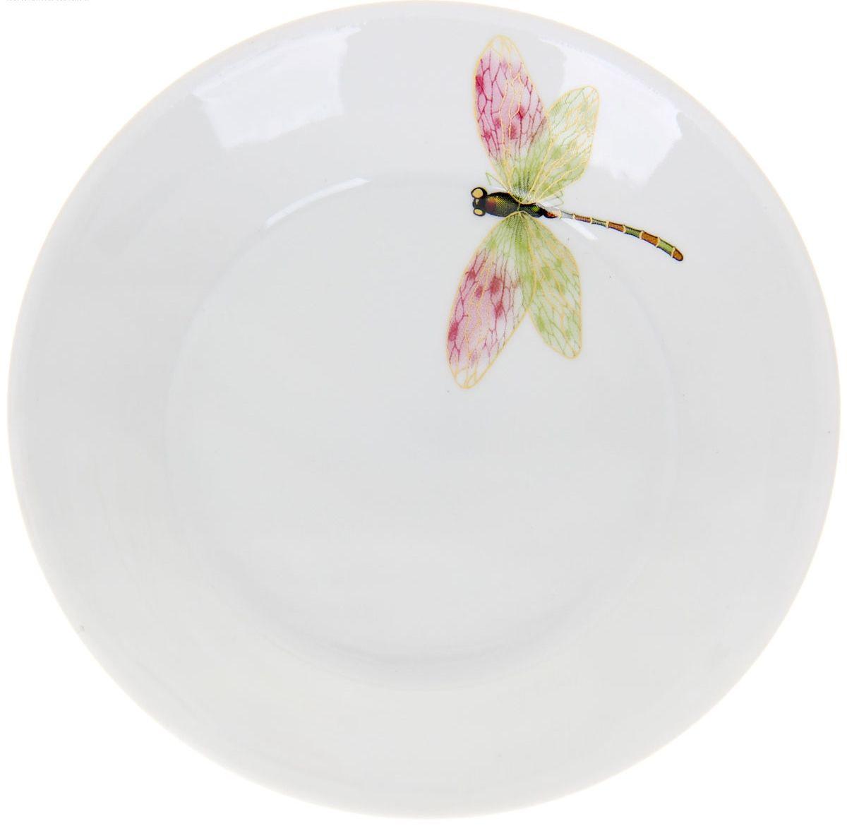 Блюдце Стрекоза, диаметр 14 см1224495От качества посуды зависит не только вкус еды, но и здоровье человека. Блюдце Стрекоза - товар, соответствующий российским стандартам качества. Любой хозяйке будет приятно держать его в руках.
