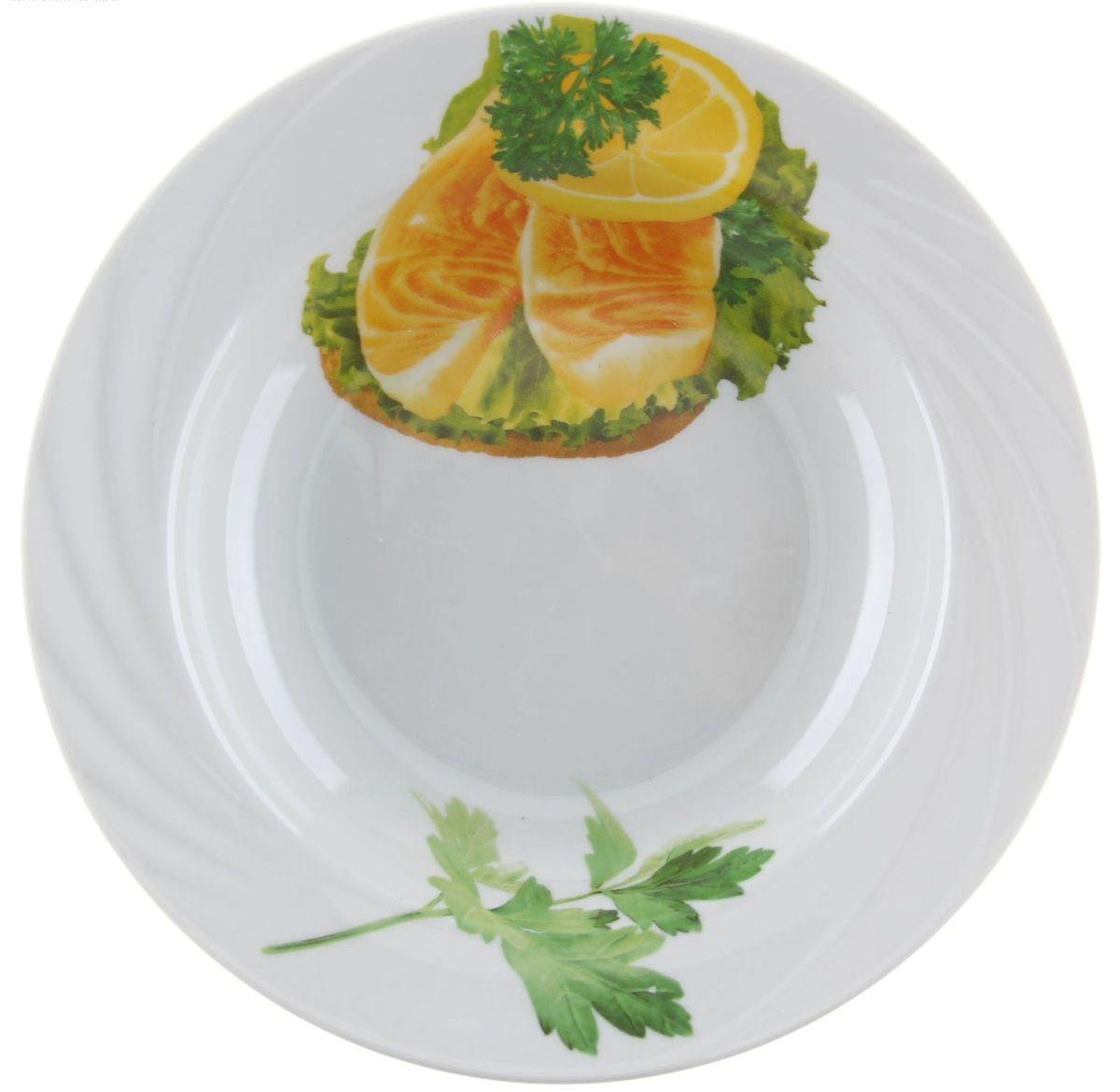 Тарелка глубокая Голубка. Бутерброды, диаметр 20 см1303755Глубокая тарелка Голубка. Бутерброды выполнена из высококачественного фарфора и оформлена изображением бутербродов с рыбой. Изделие сочетает в себе изысканный дизайн с максимальной функциональностью. Она прекрасно впишется в интерьер вашей кухни и станет достойным дополнением к кухонному инвентарю. Тарелка Голубка. Бутерброды подчеркнет прекрасный вкус хозяйки и станет отличным подарком. Диаметр: 20 см.