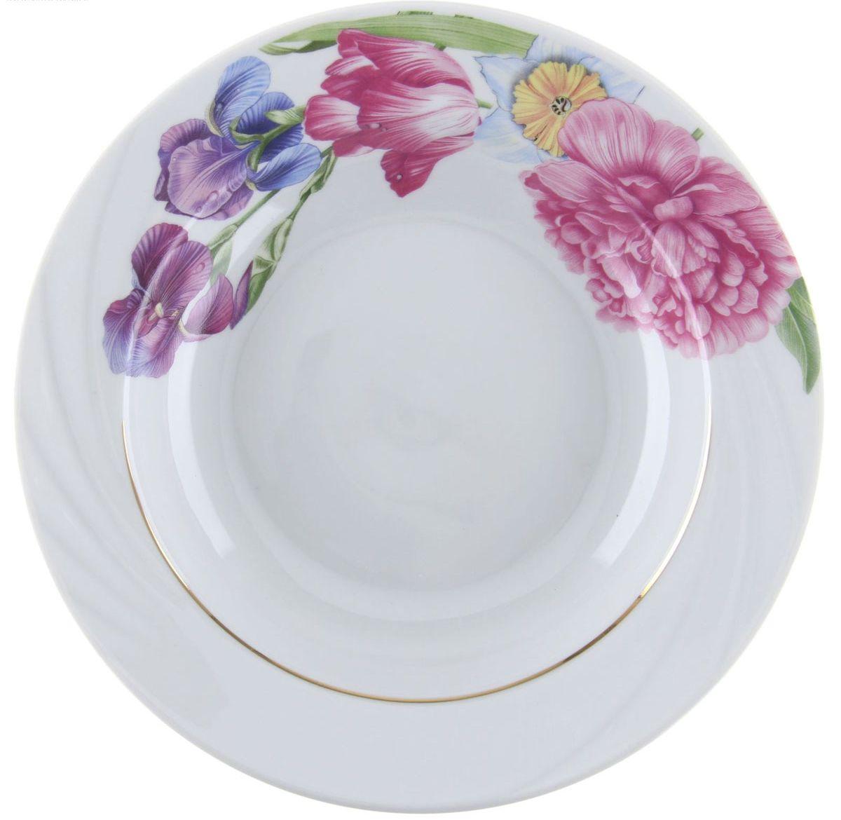 Тарелка глубокая Голубка. Английская классика, диаметр 20 см1303871Глубокая тарелка Голубка. Английская классика выполнена из высококачественного фарфора и украшена ярким рисунком. Она прекрасно впишется в интерьер вашей кухни и станет достойным дополнением к кухонному инвентарю. Тарелка Голубка. Английская классика подчеркнет прекрасный вкус хозяйки и станет отличным подарком.