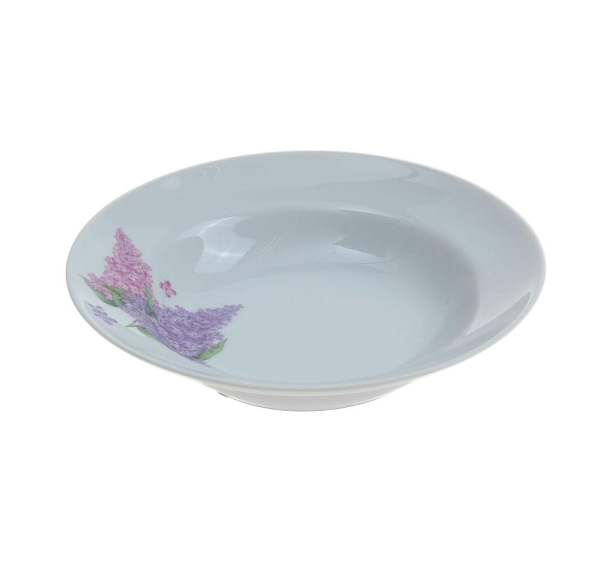 """Глубокая тарелка """"Идиллия. Сирень"""", выполненная из высококачественного фарфора, идеальна для сервировки стола первыми блюдами. Она прекрасно впишется в интерьер вашей кухни и станет достойным дополнением к кухонному инвентарю.  Тарелка """"Идиллия. Сирень"""" подчеркнет прекрасный вкус хозяйки и станет отличным подарком.   Диаметр тарелки: 20 см."""