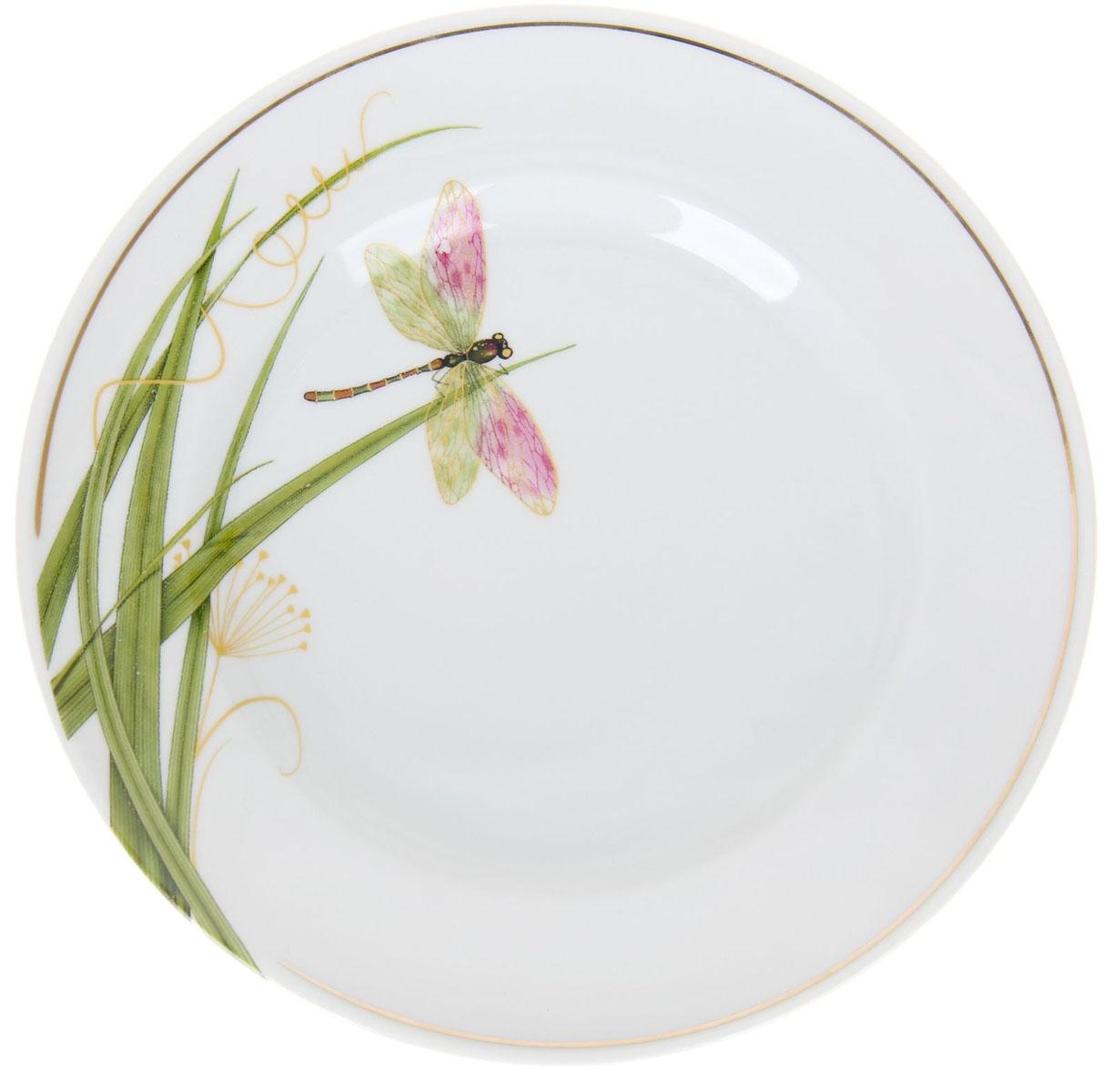 Тарелка мелкая Идиллия. Стрекоза, диаметр 20 см1225769Глубокая тарелка Идиллия. Стрекоза выполнена из высококачественного фарфора и украшена ярким изображением. Она прекрасно впишется в интерьер вашей кухни и станет достойным дополнением к кухонному инвентарю. Тарелка Идиллия. Стрекоза подчеркнет прекрасный вкус хозяйки и станет отличным подарком.